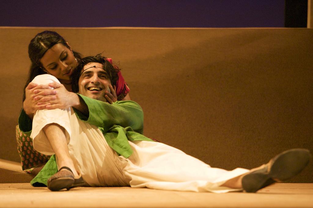 Youkti Patel (Shakuntala) and Puspinder Chani (Krishan)