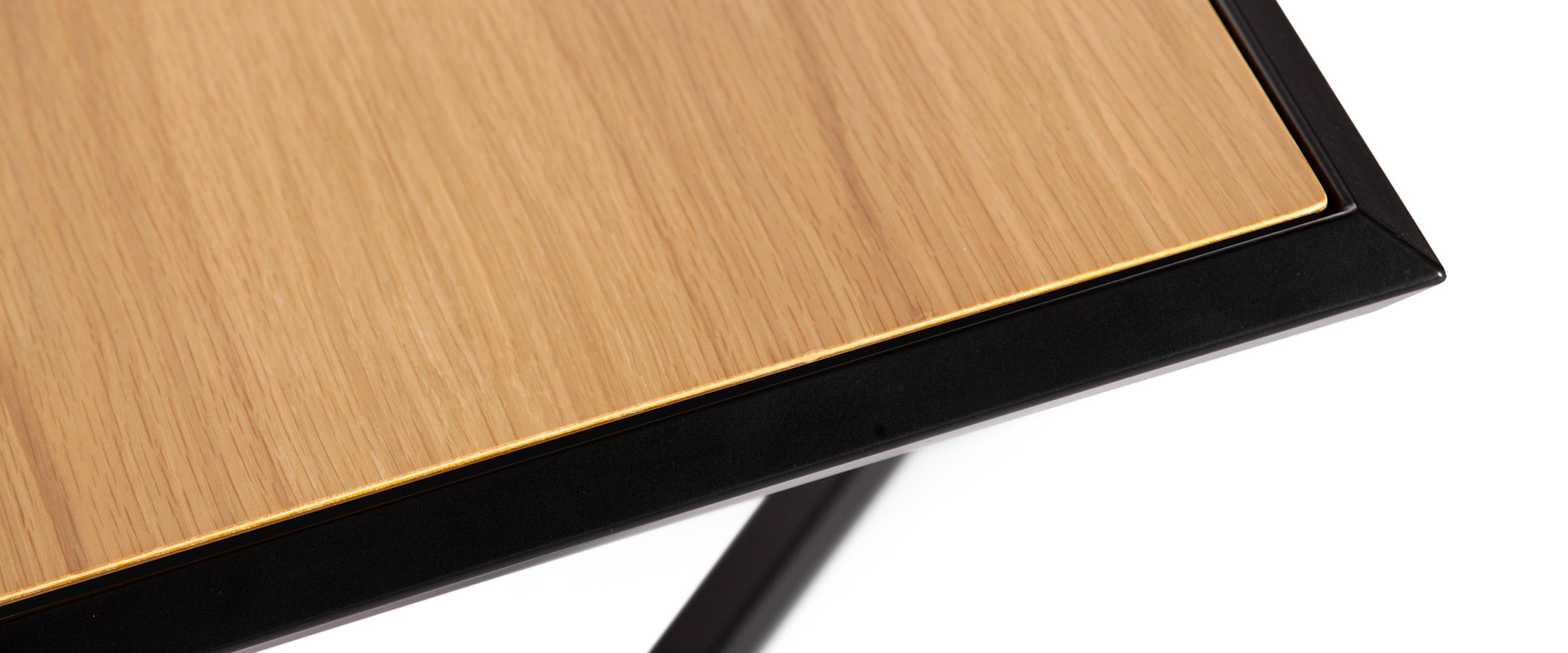 Turn-Table-Black-Detail-2.jpg