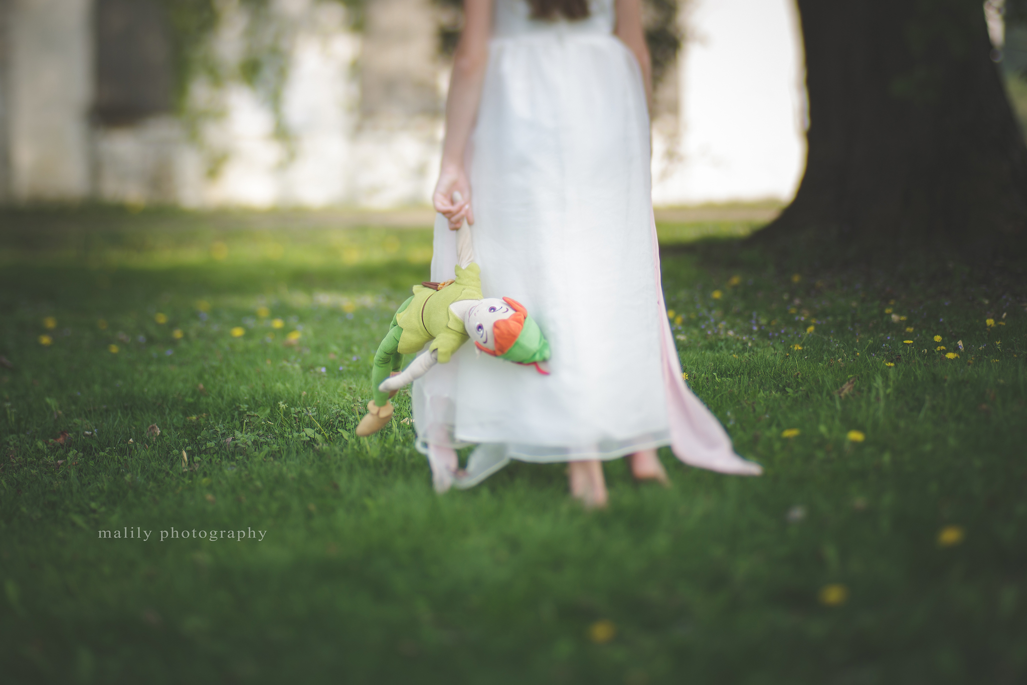 malily photography | girl with peter pan