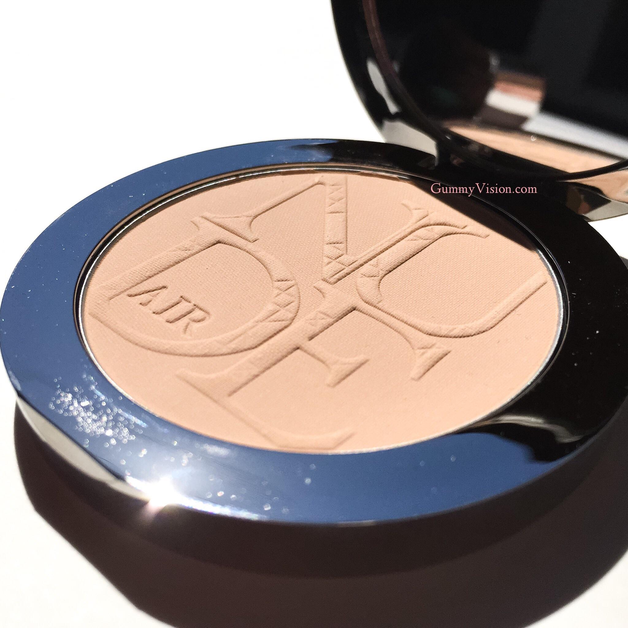Dior Diorskin Nude Air Healthy Glow Invisible Powder In 020 Light Beige - gummyvision.com