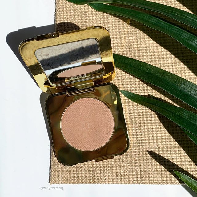 ✨I've been using the Tom Ford Glow Bronzer in Terra for the past few months and I love it. It blends so smoothly and has just the right amount of warmth for the Summer.✨ I was happy to get this smaller size during the last Sephora sale!