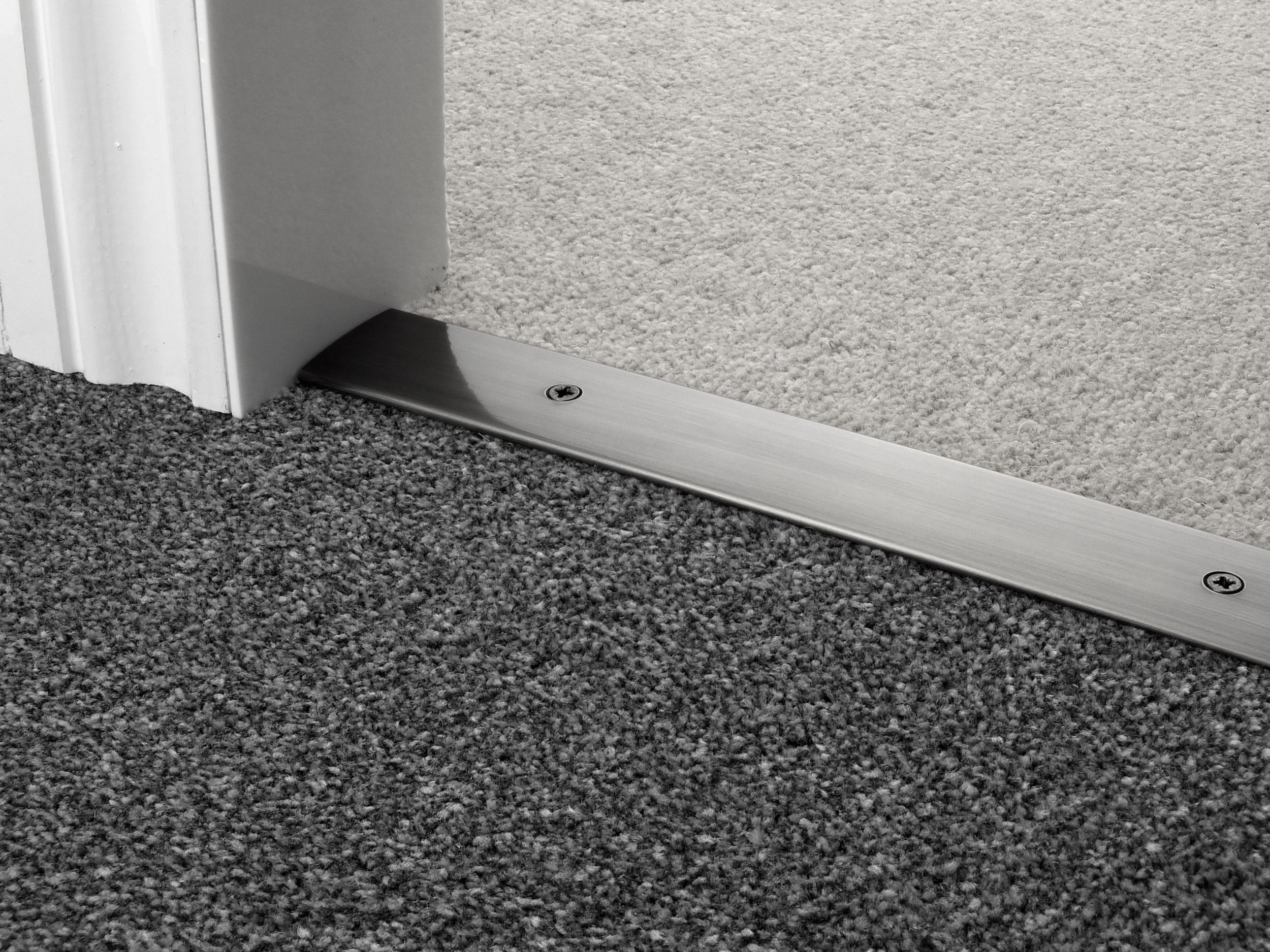 door_bar_pewter_cover_carpet_carpet.jpg