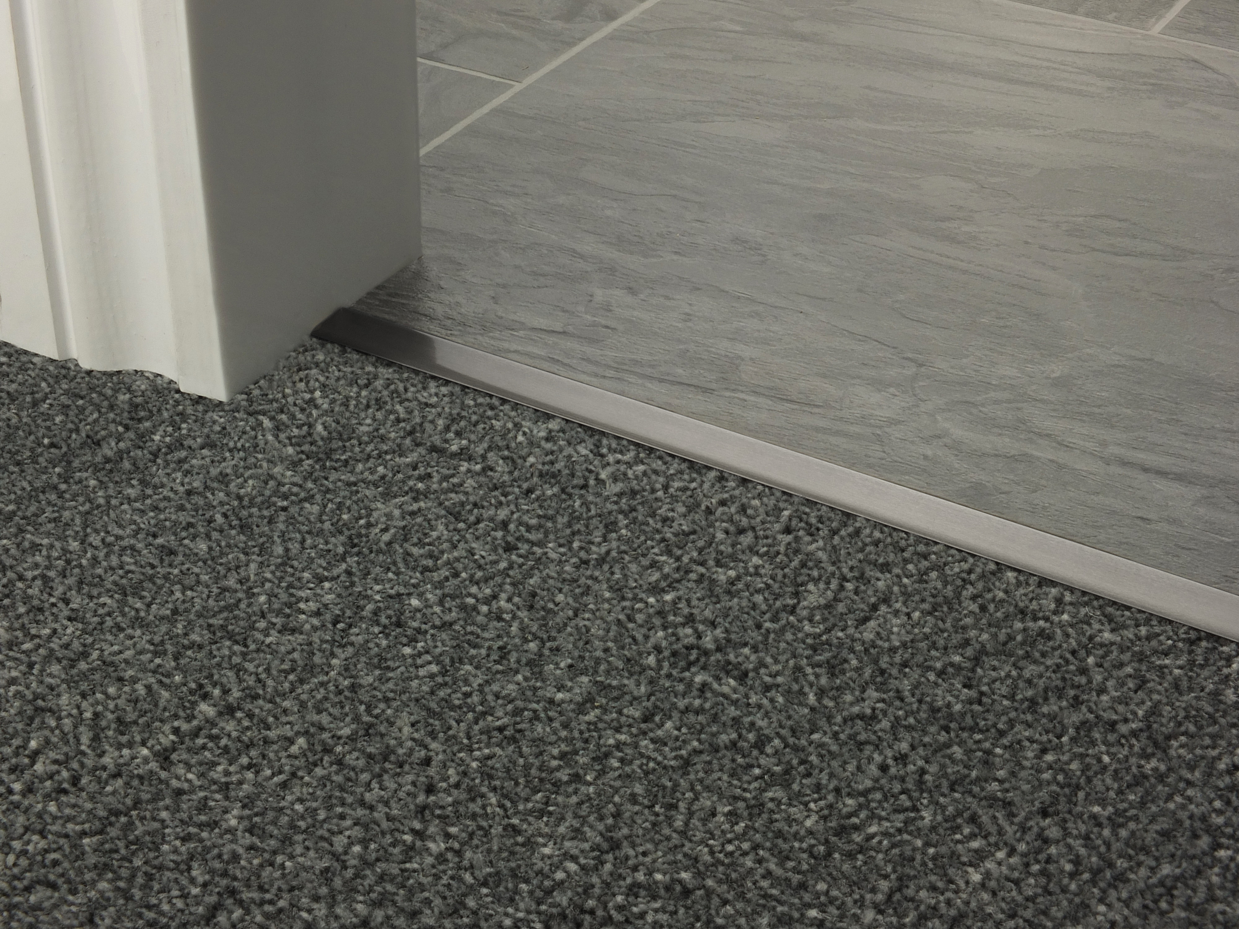 door_bar_square_pewter_carpet_tile.jpg