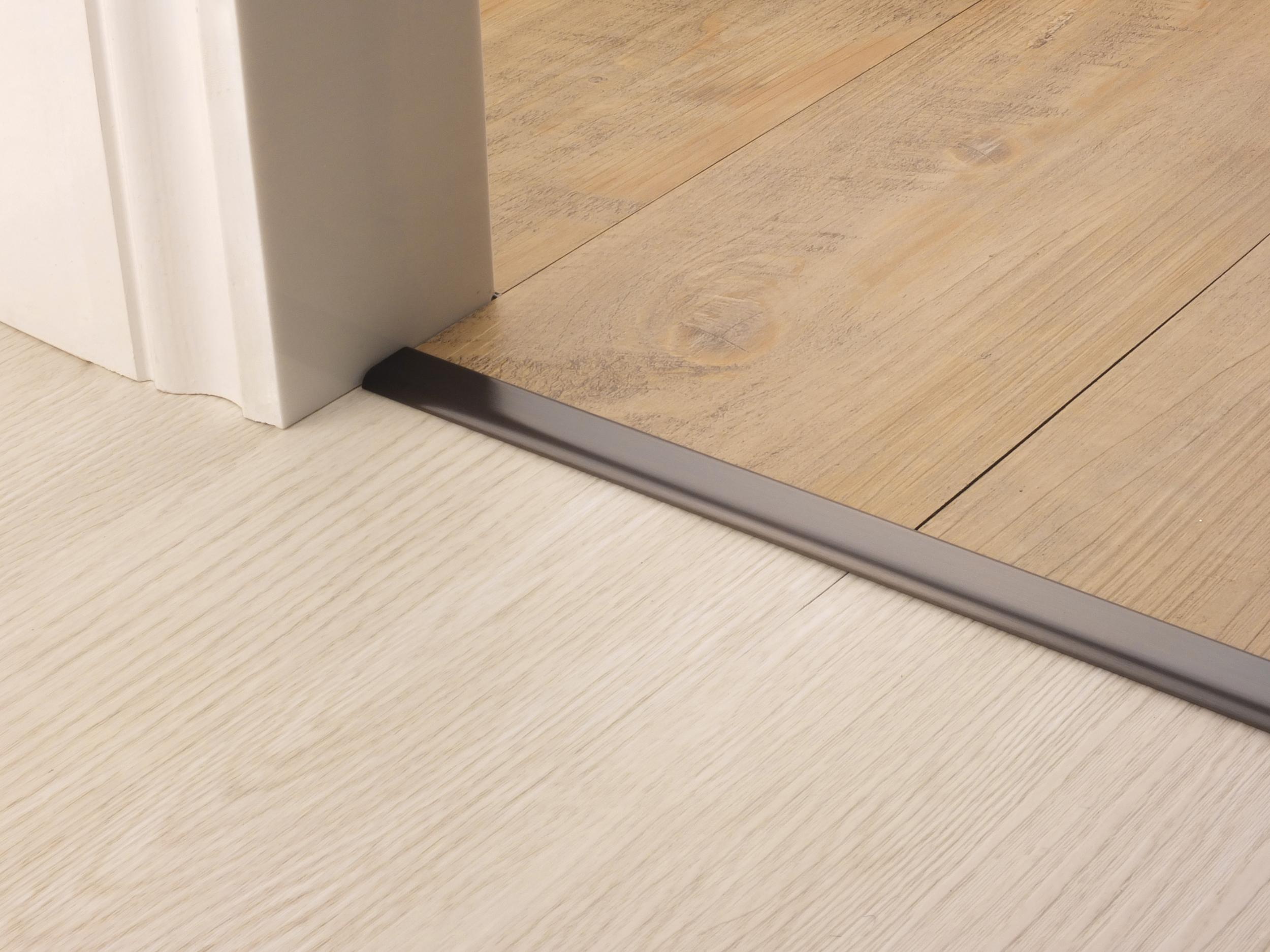 stairrods-doorbar-bronze-vinyl-edge.jpg