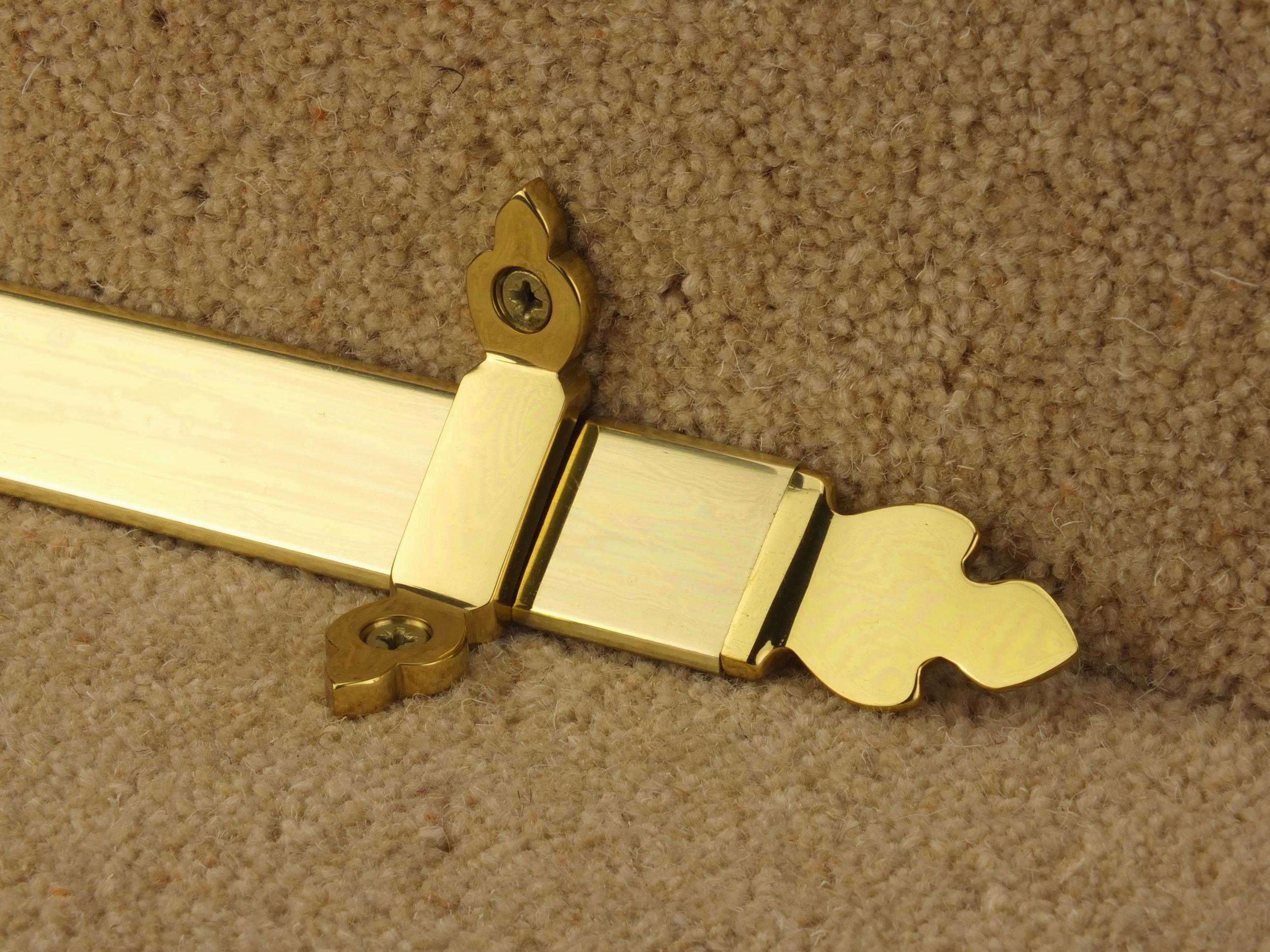 stairrods-brass-triangular-trefoil.jpg