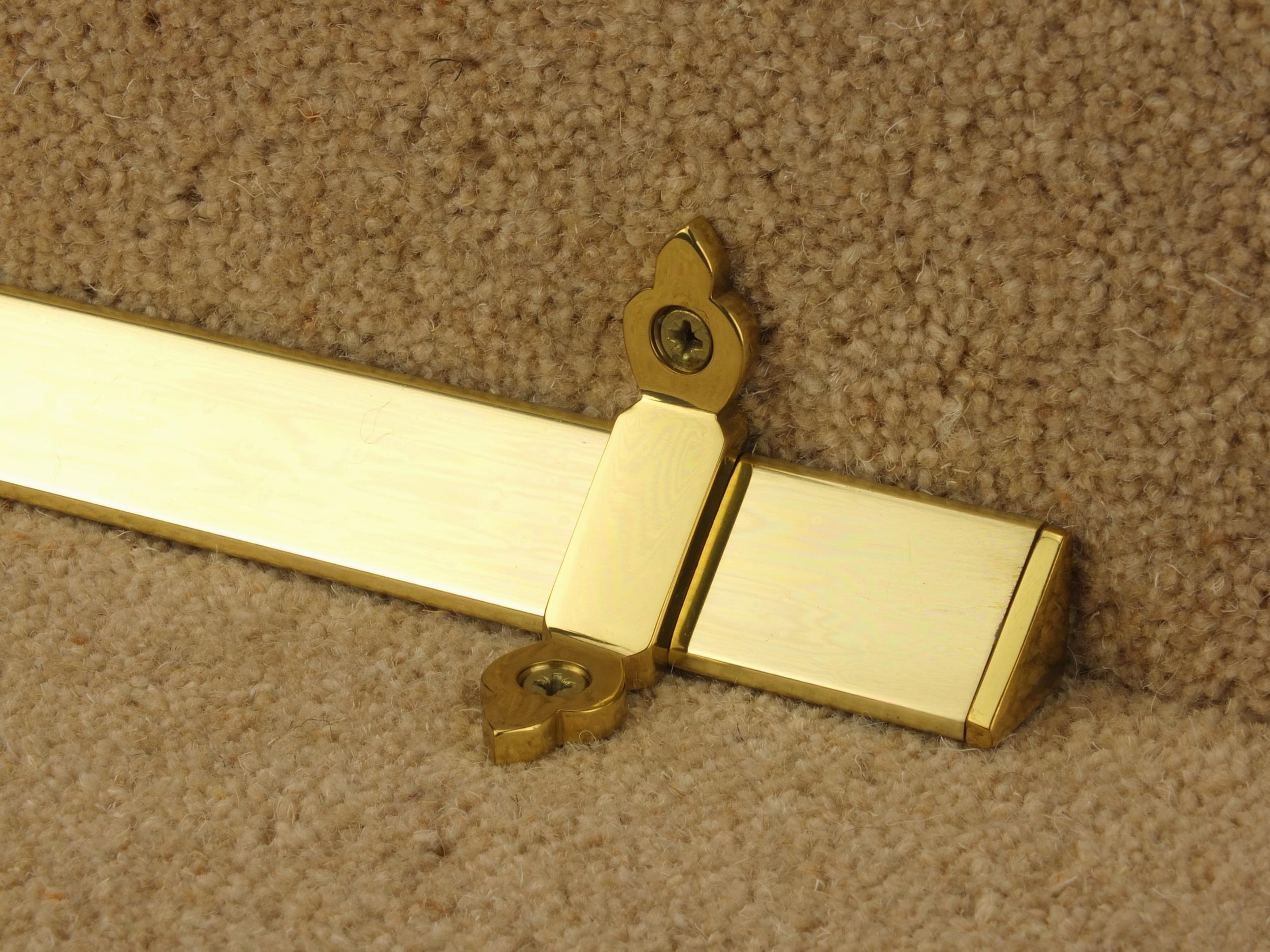 stairrods-brass-triangular-plain.jpg