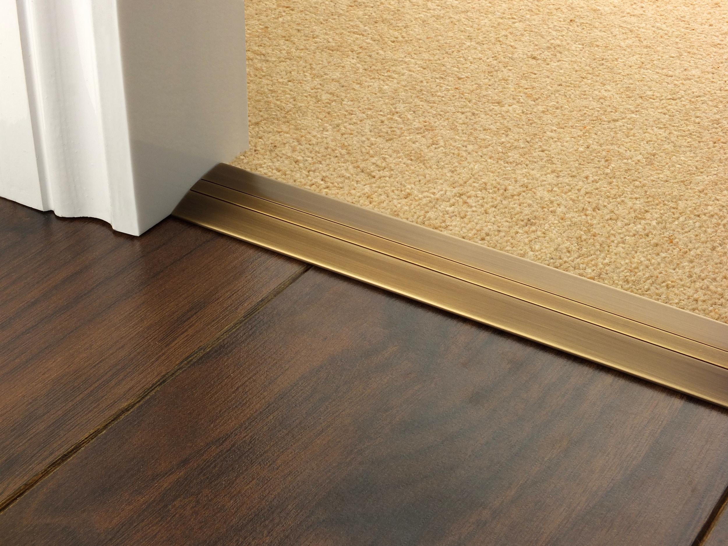 door_bar_antique_brass_posh_38_carpet_laminate.jpg
