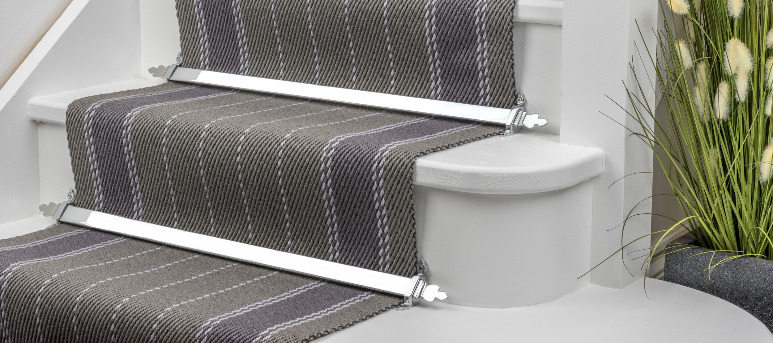 stairrods-chrome-royale-beaumont.jpg