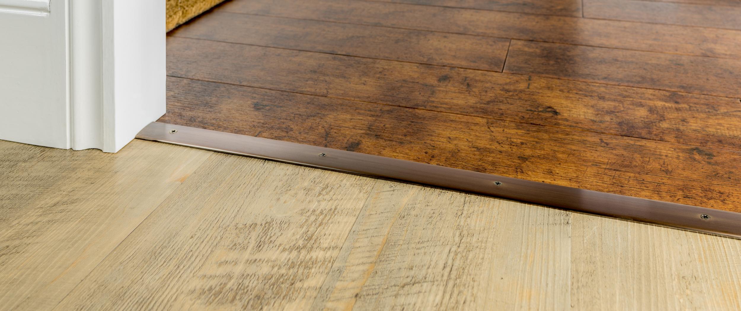 stairrods-bronze-cover30-hth.jpg