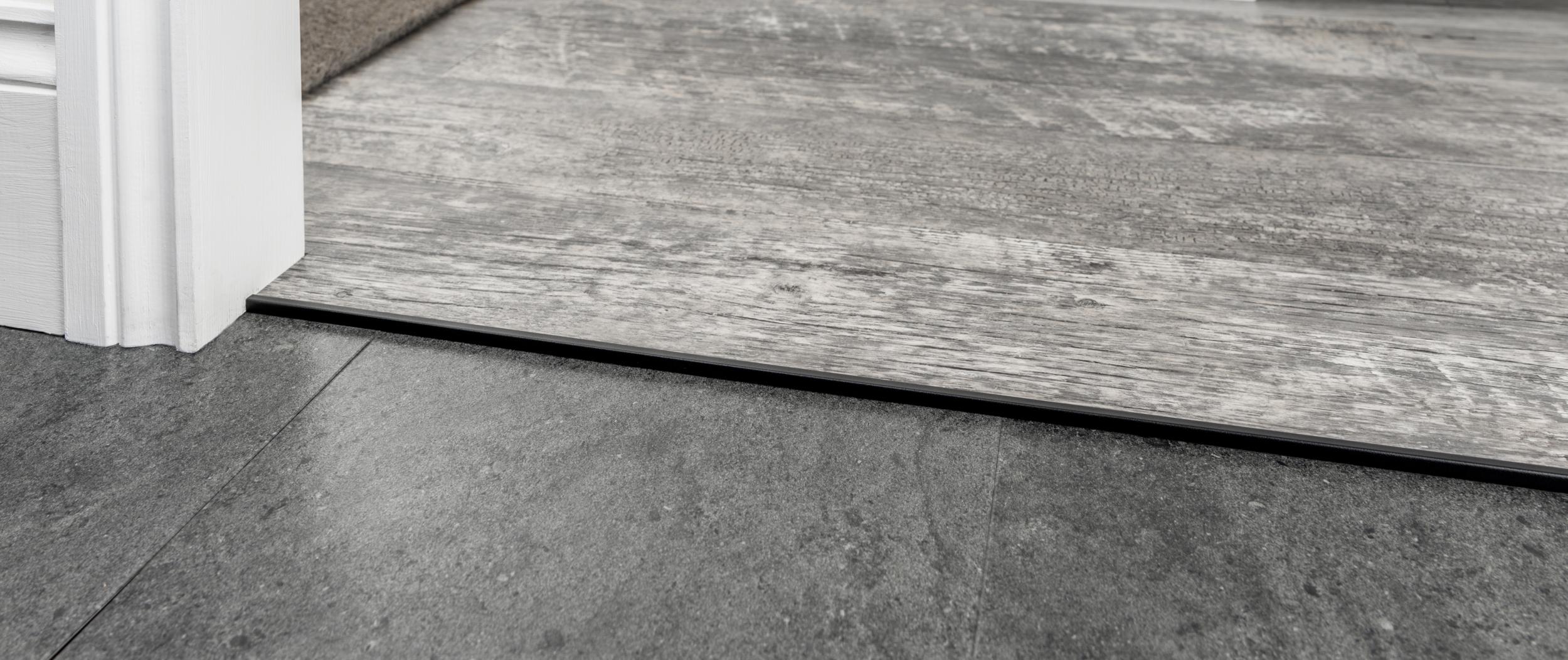 stairrods-black-square-cap-HTH.jpg