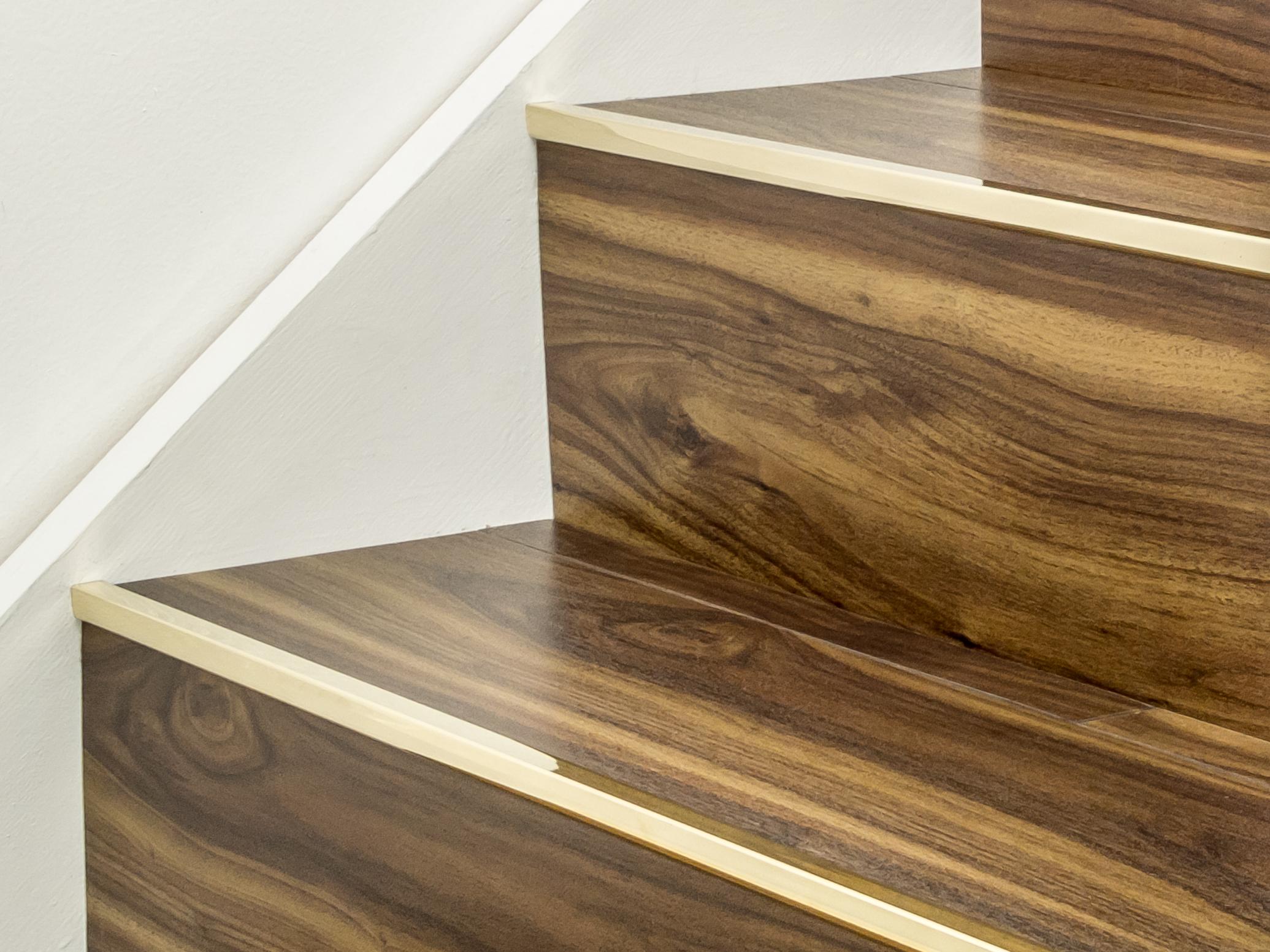 Stairrods-brass-little-nose-stair.jpg
