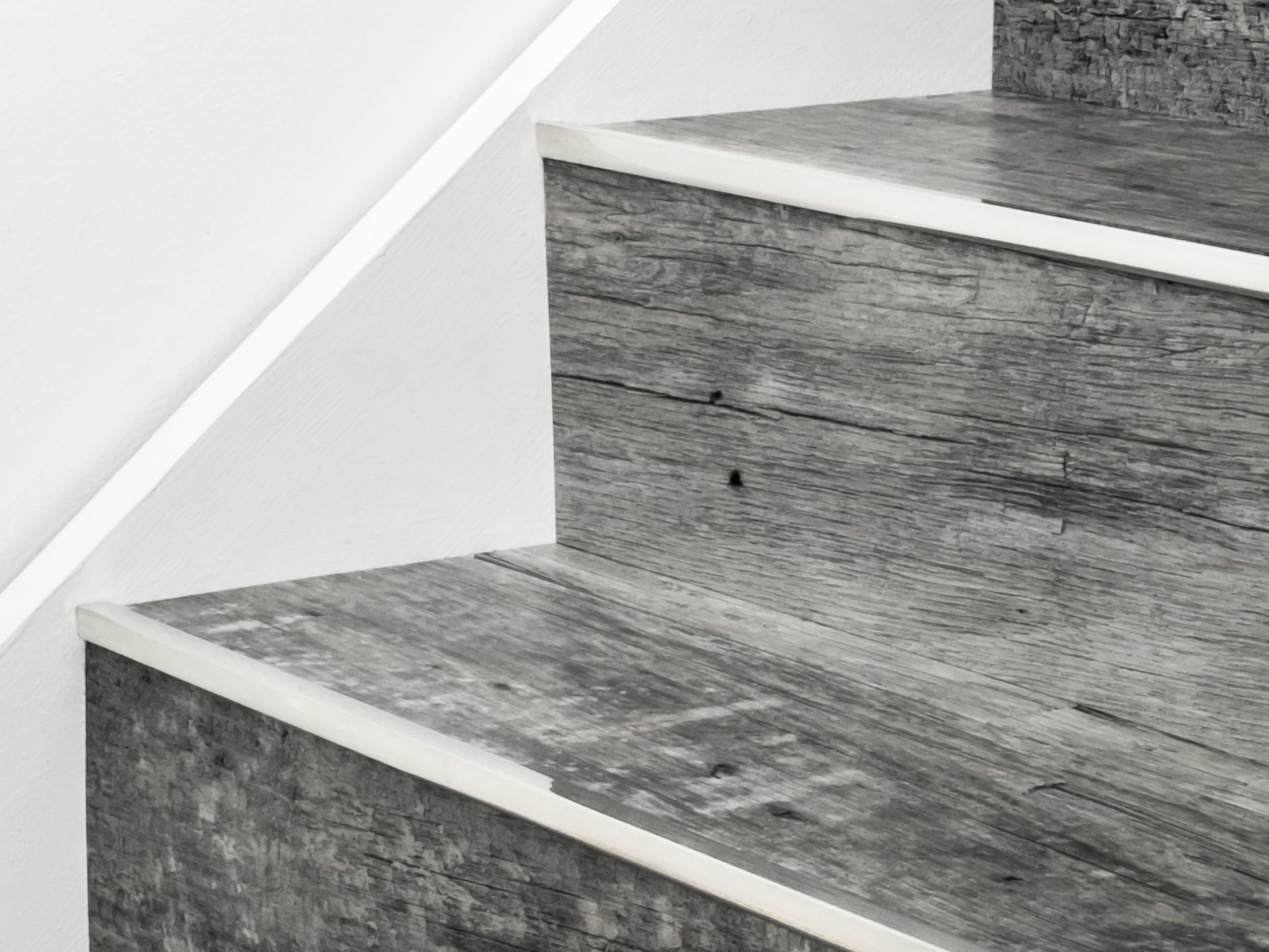 Stairrods-satin-nickel-little-nose-stair.jpg