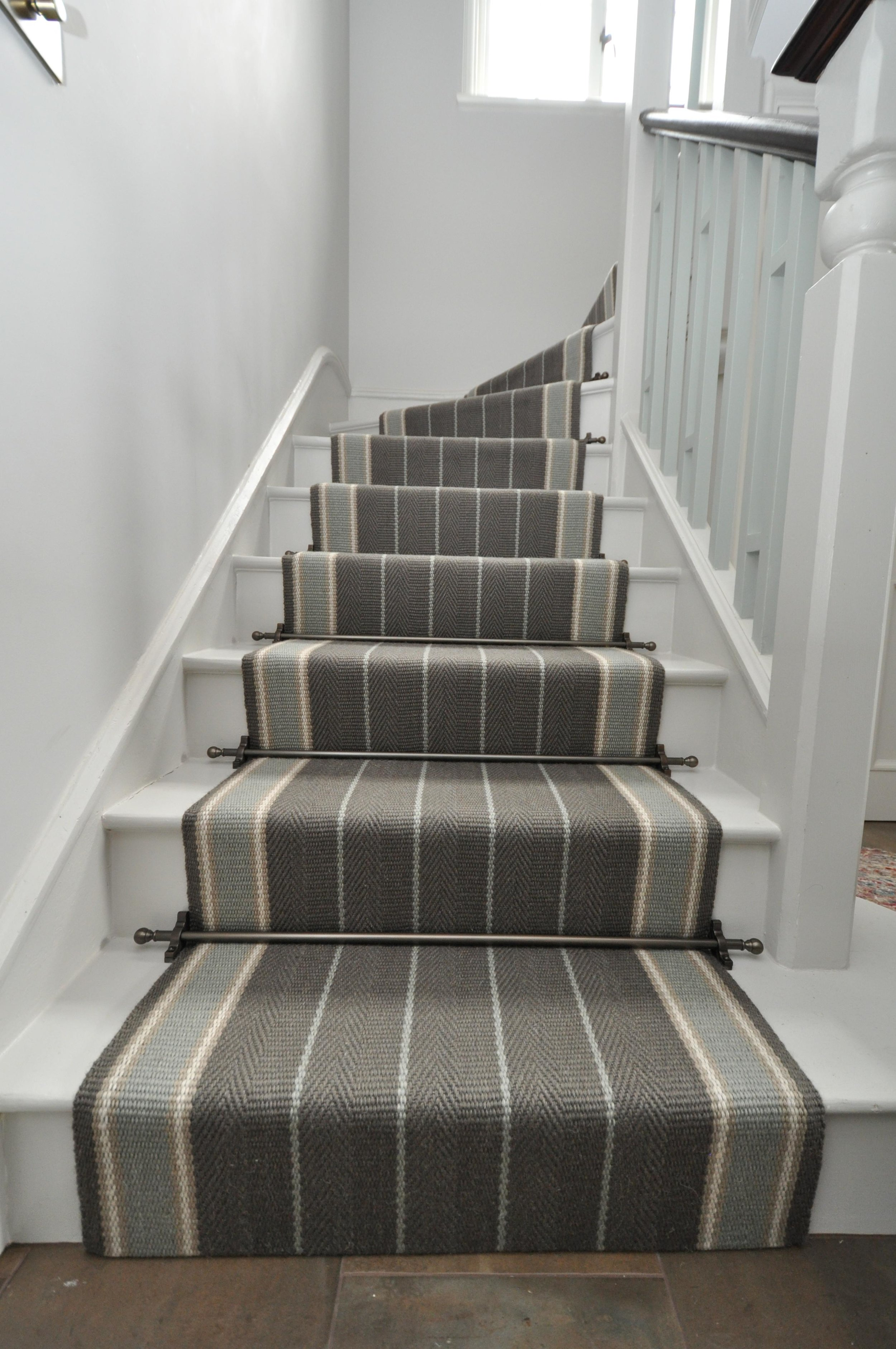 flatweave-stair-runner-london-bowloom-carpet-off-the-loom-DSC_1501.jpg