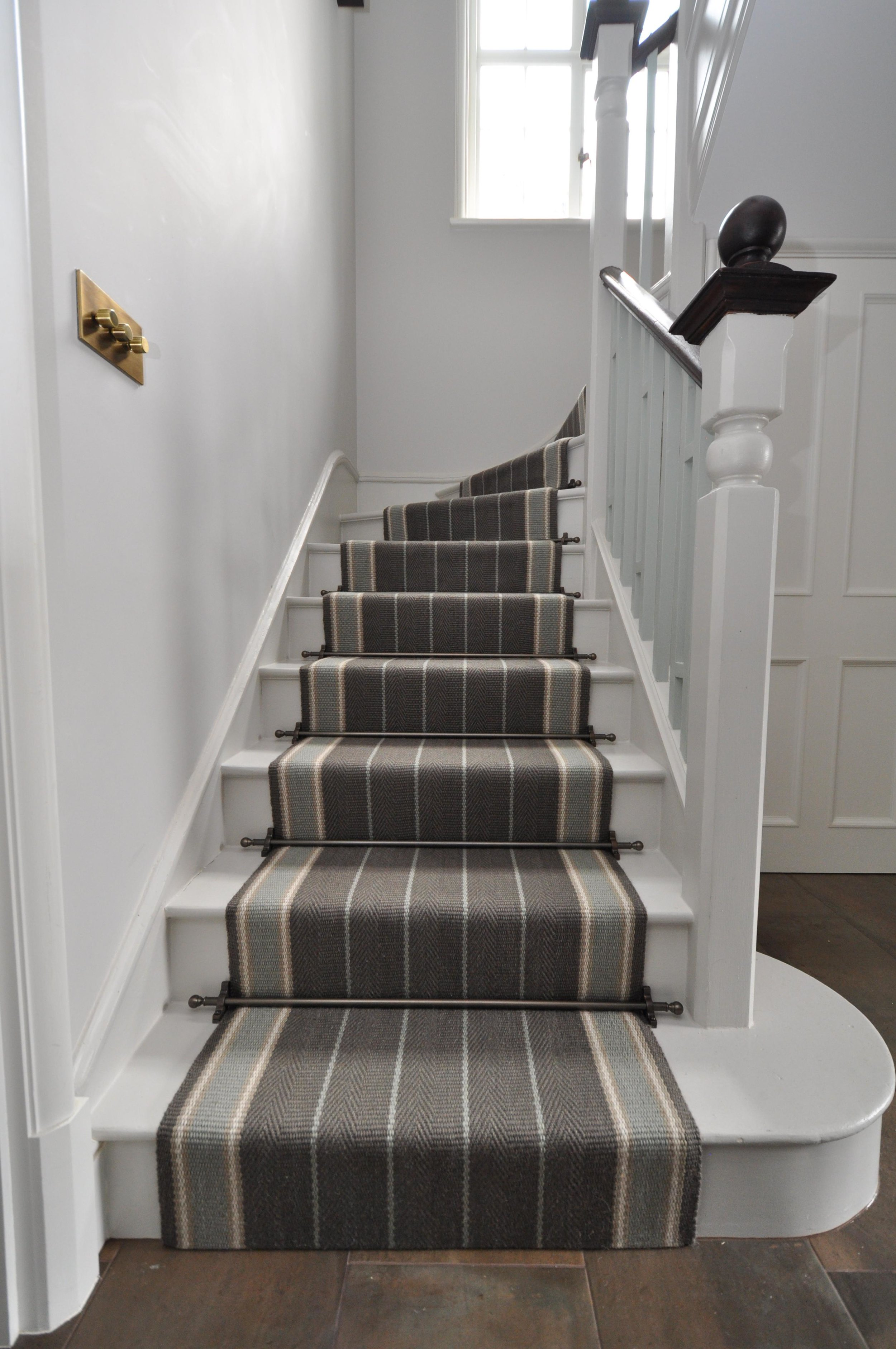 flatweave-stair-runner-london-bowloom-carpet-off-the-loom-DSC_1502.jpg