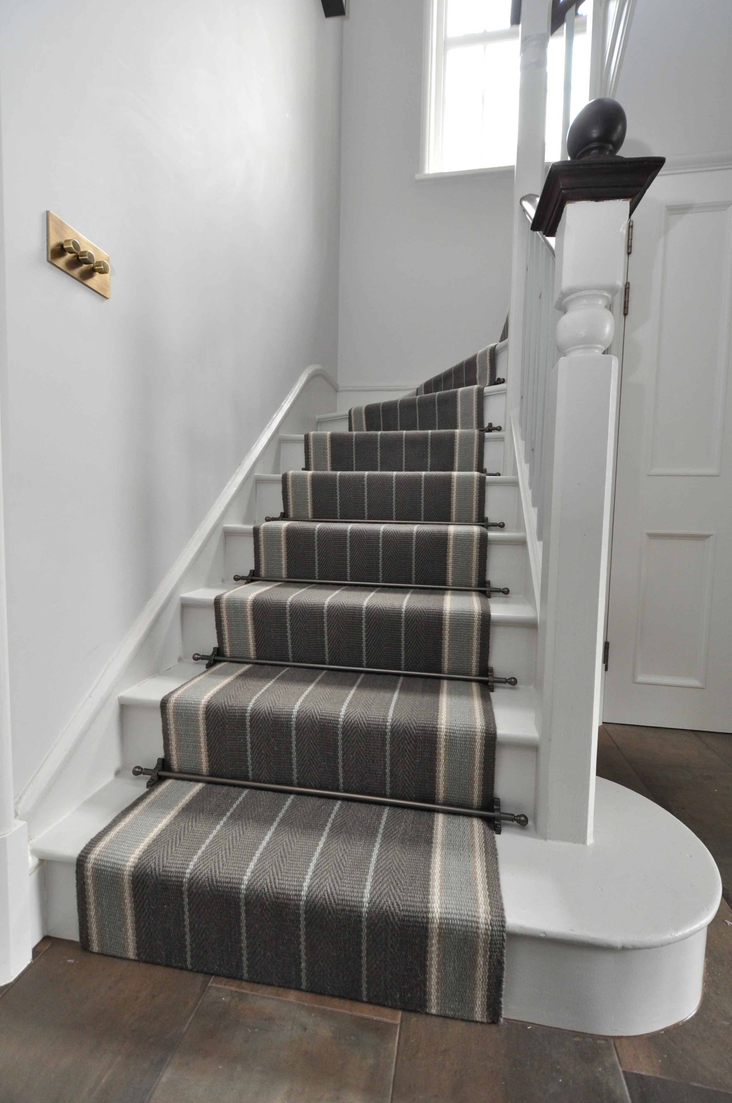 flatweave-stair-runner-london-bowloom-carpet-off-the-loom-DSC_1503.jpg