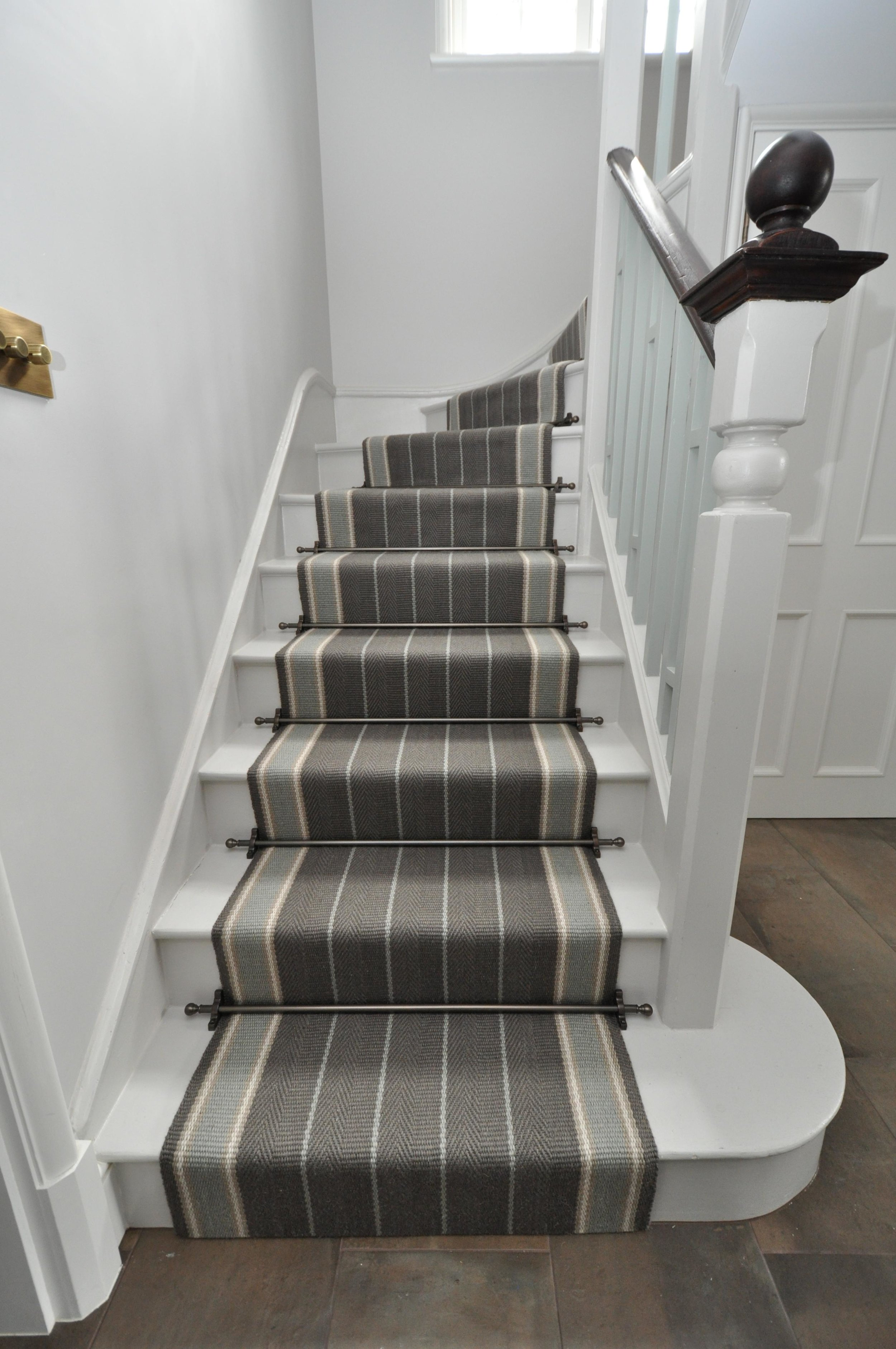 flatweave-stair-runner-london-bowloom-carpet-off-the-loom-DSC_1505.jpg
