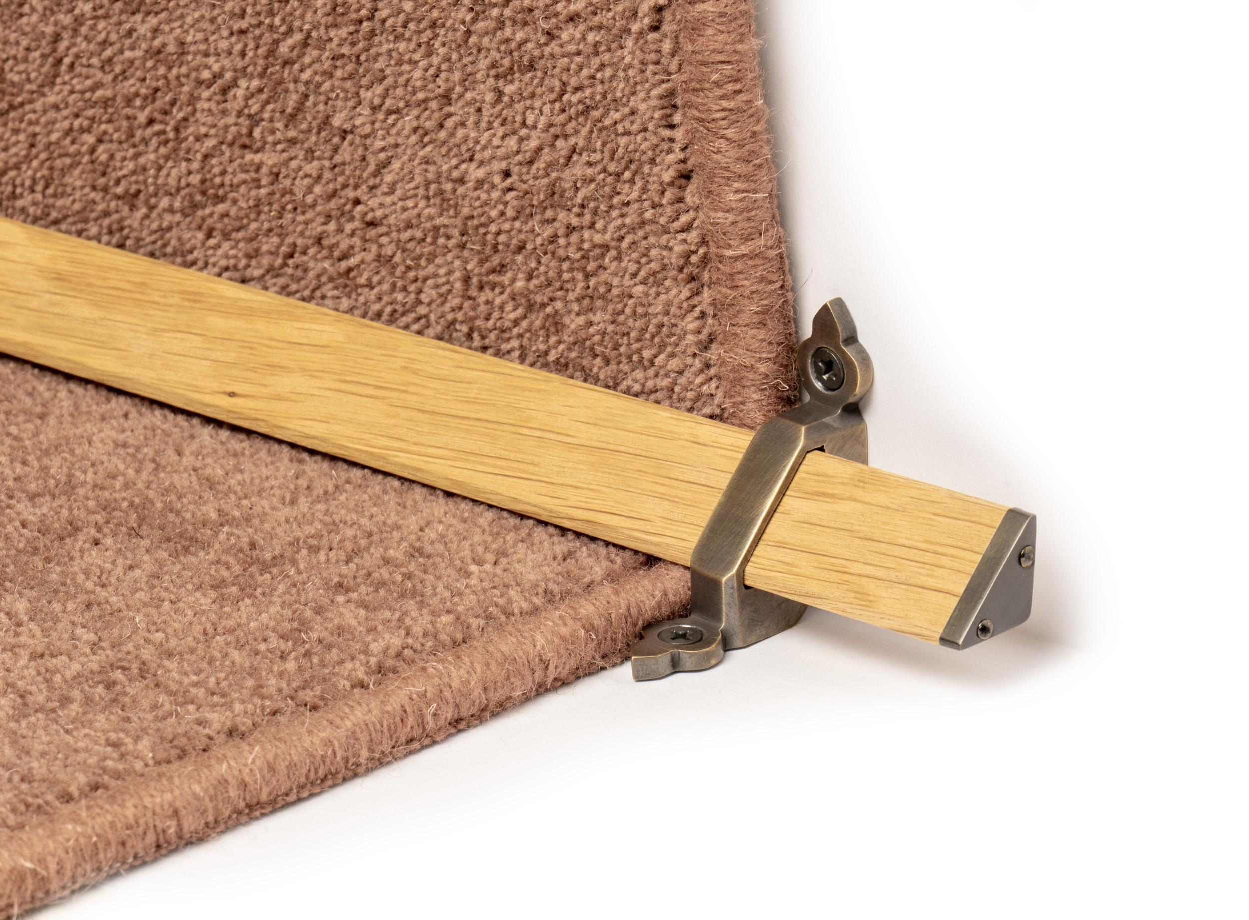 stairrods-bronze-wooden-tudor 8.jpg