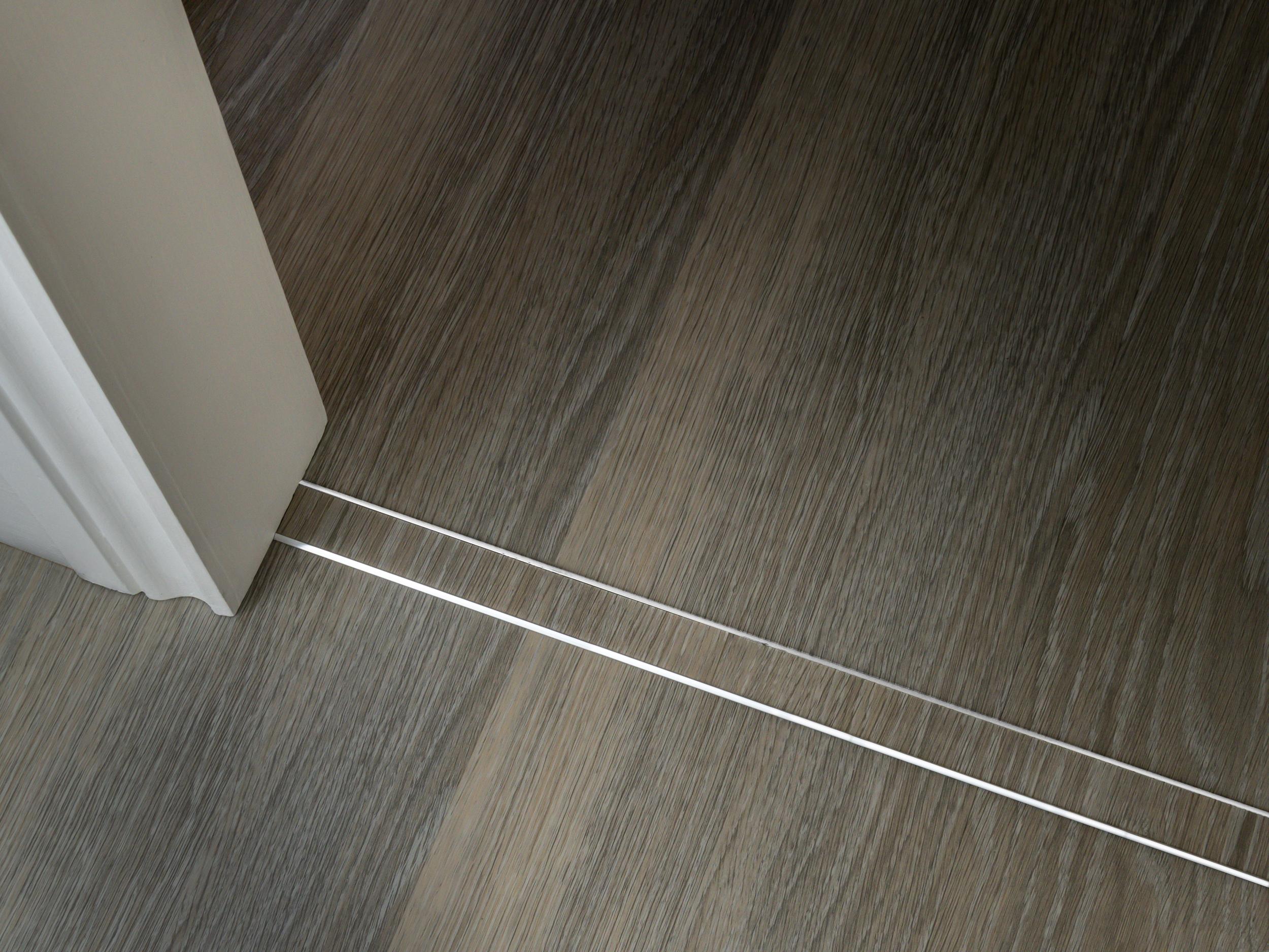 stairrods-uk-chrome-ali-tramline-polyflor-expona-encore-rigid-persian-limed-oak-1mma.jpg
