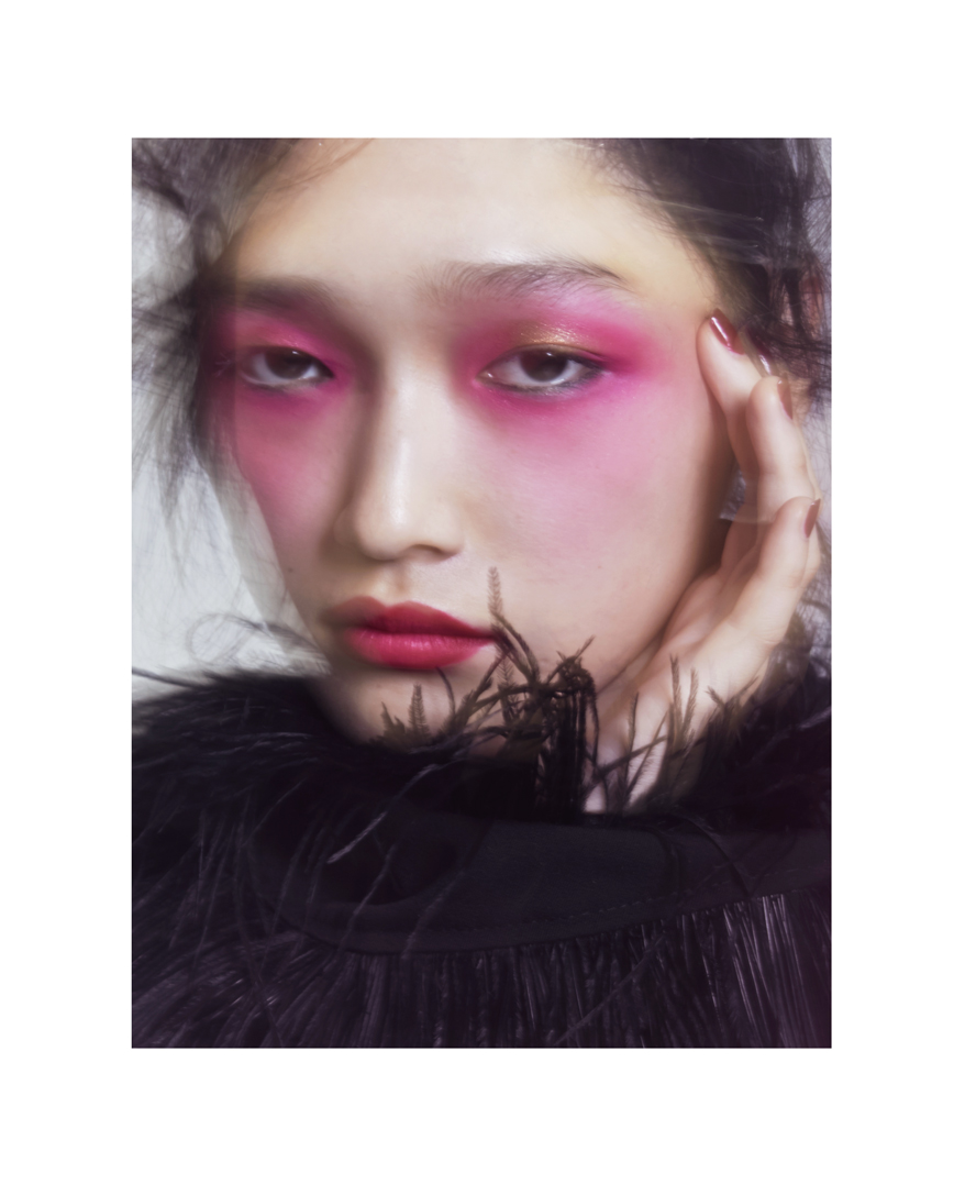 SAKI6996_pinkcropw.jpg