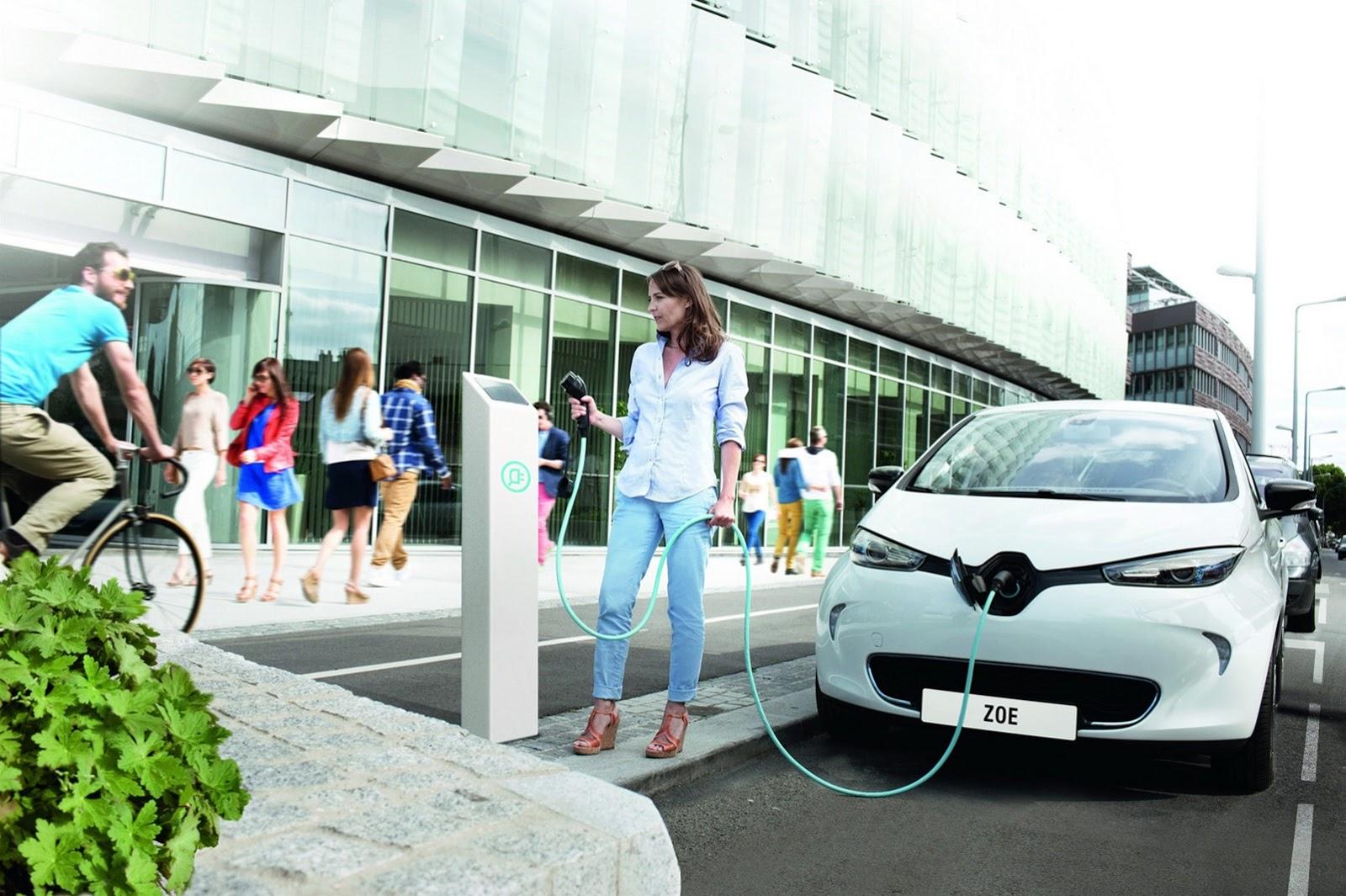 Renault-Zoe-19[2].jpg