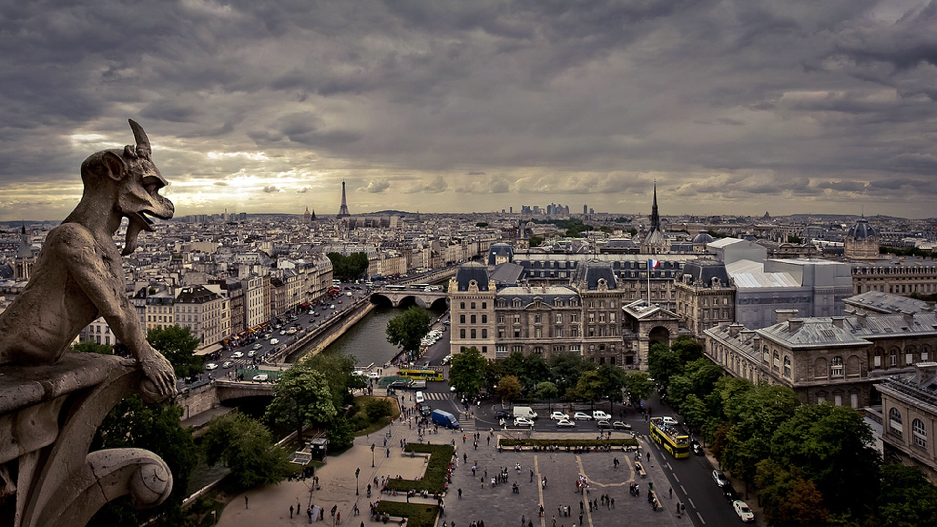 Paris, a stunning backdrop for Formula E?