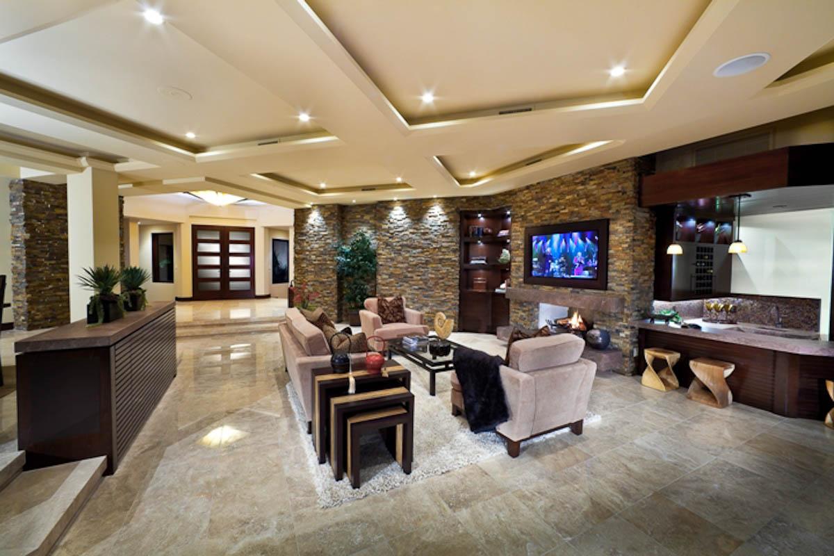 Portside Livingroom.jpg