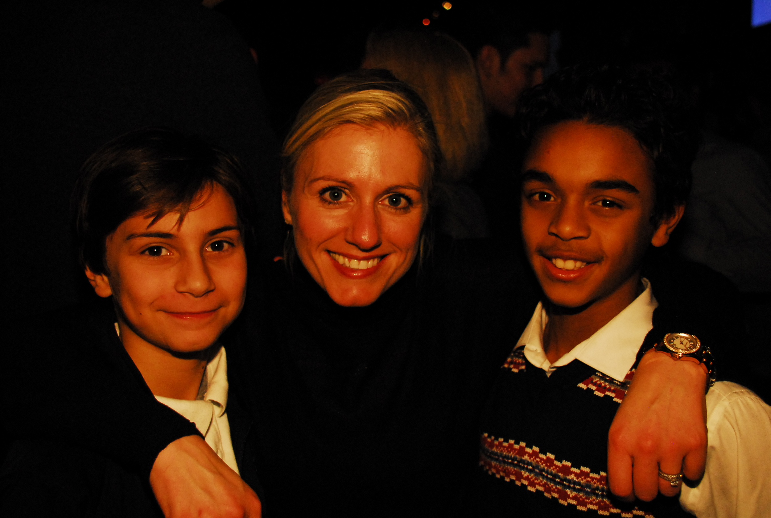 Happy players with NBC studio host (and wife of our very own Technical Director Paul Buckle) Rebecca Lowe at the Met Oval's first ever Winter Fundraiser.