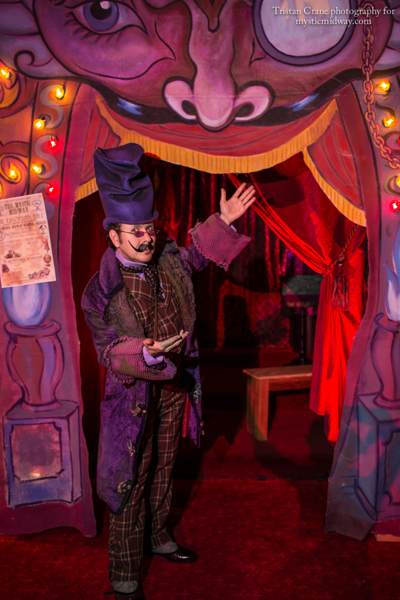 Professor Violet(aka Scott Levkoff) welcomes guests to the Miraculum Stage