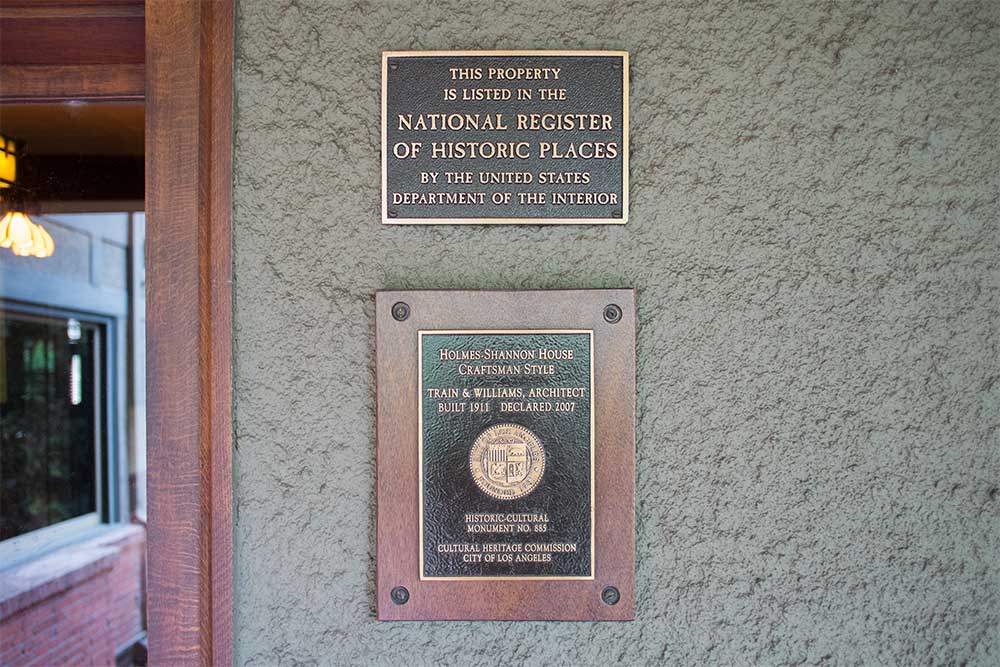 los-angeles-historic-monument-sign.jpg