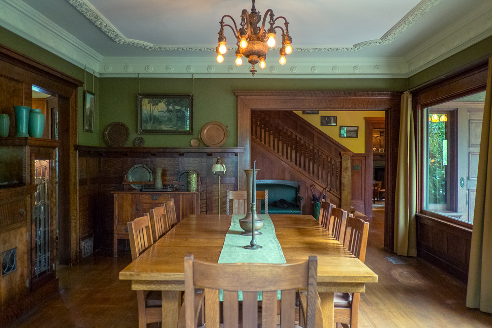 1911 Craftsman Dining Room