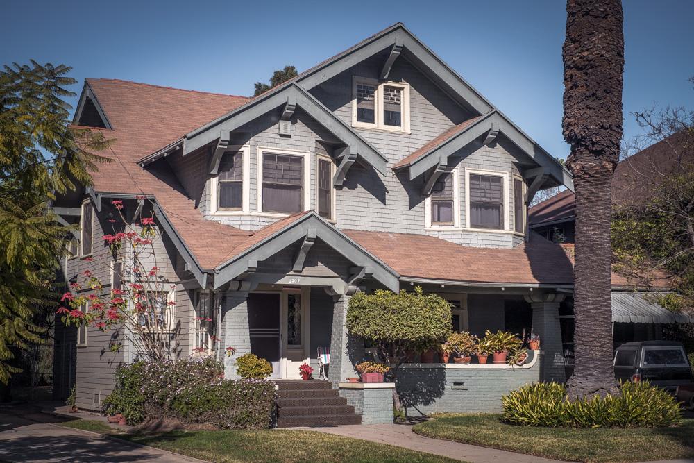 craftsman-home-los-angeles.jpg