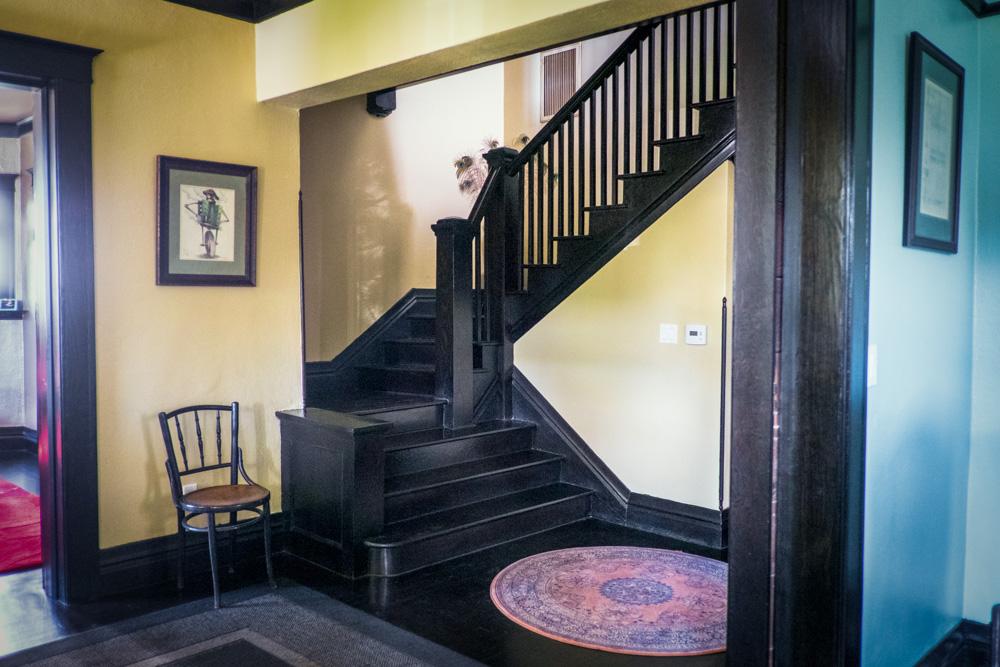 american-foursquare-staircase.jpg