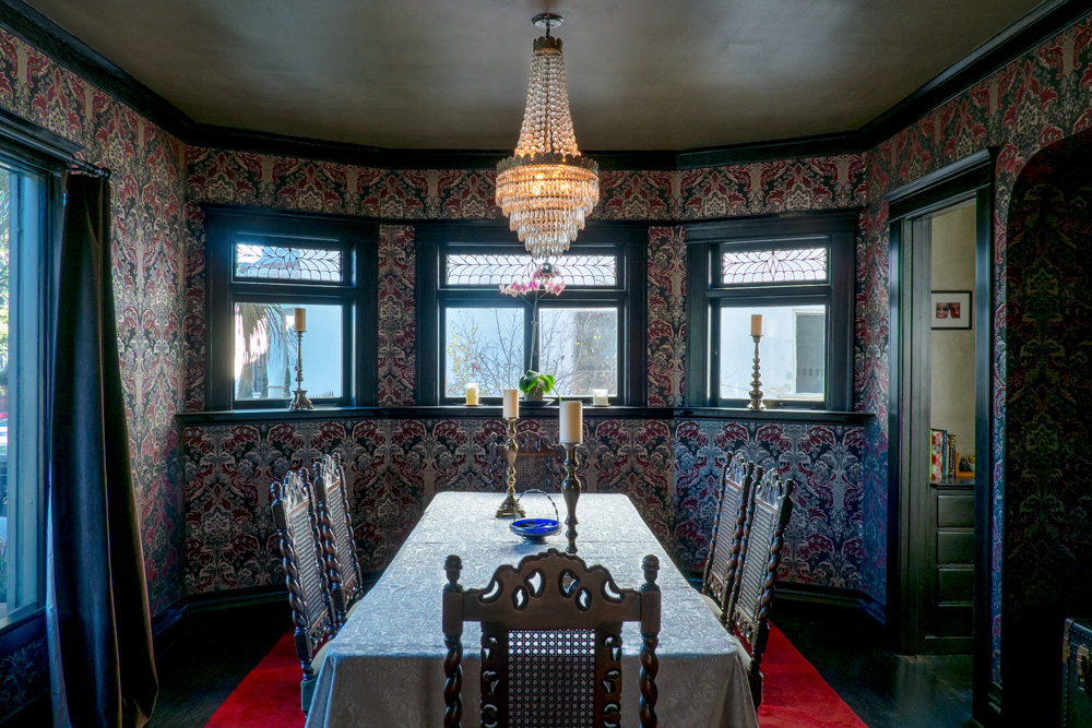 american-foursquare-dining-room.jpg