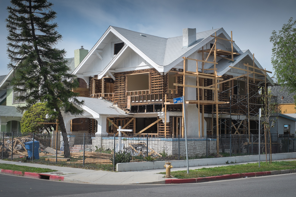 historic-home-being-rebuilt-los-angeles.jpg