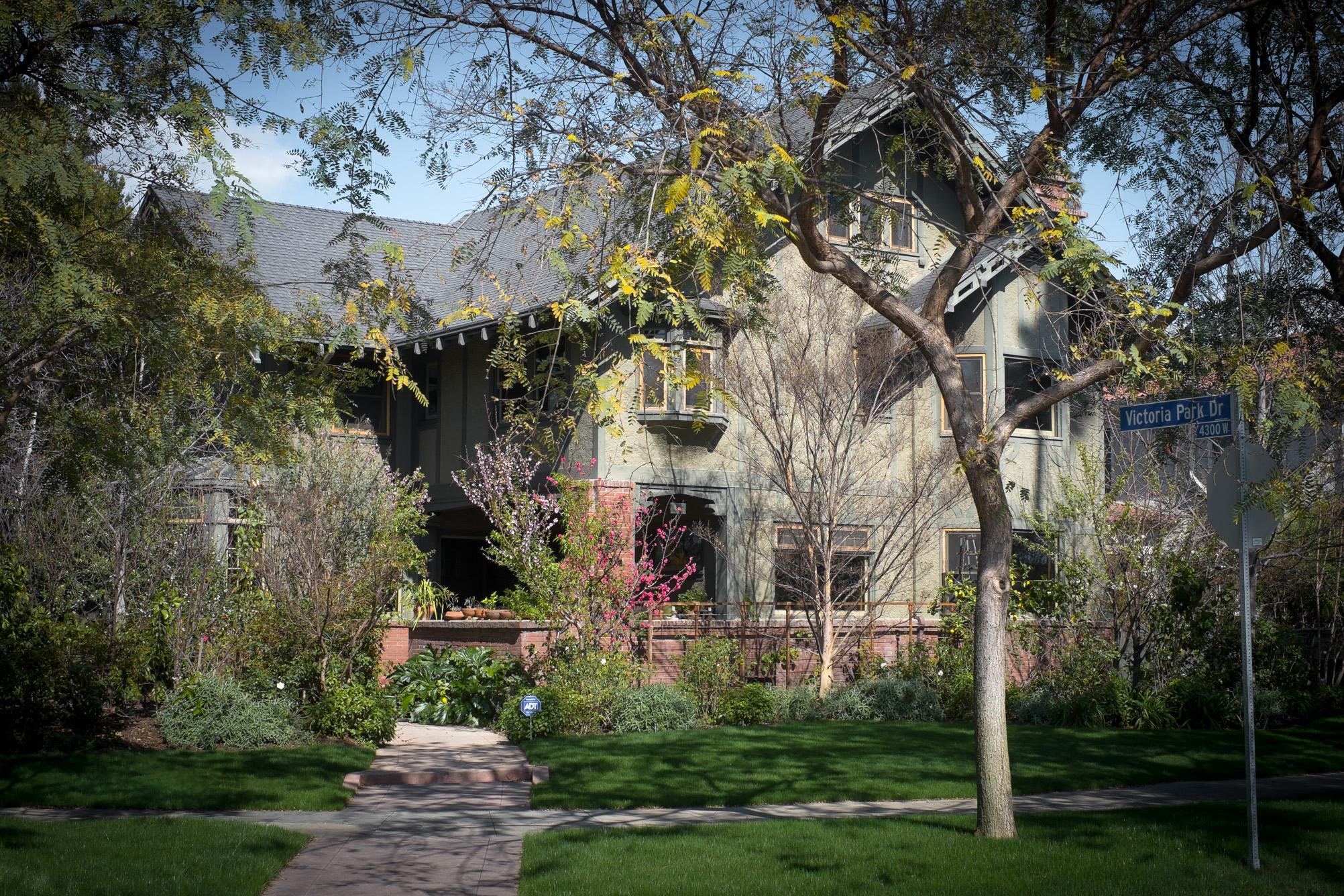 los-angeles-craftsman-home.jpg