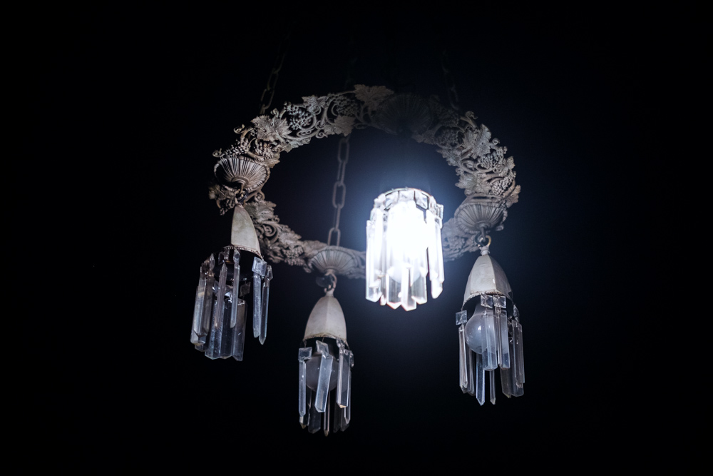victorian-chandelier-los-angeles.jpg