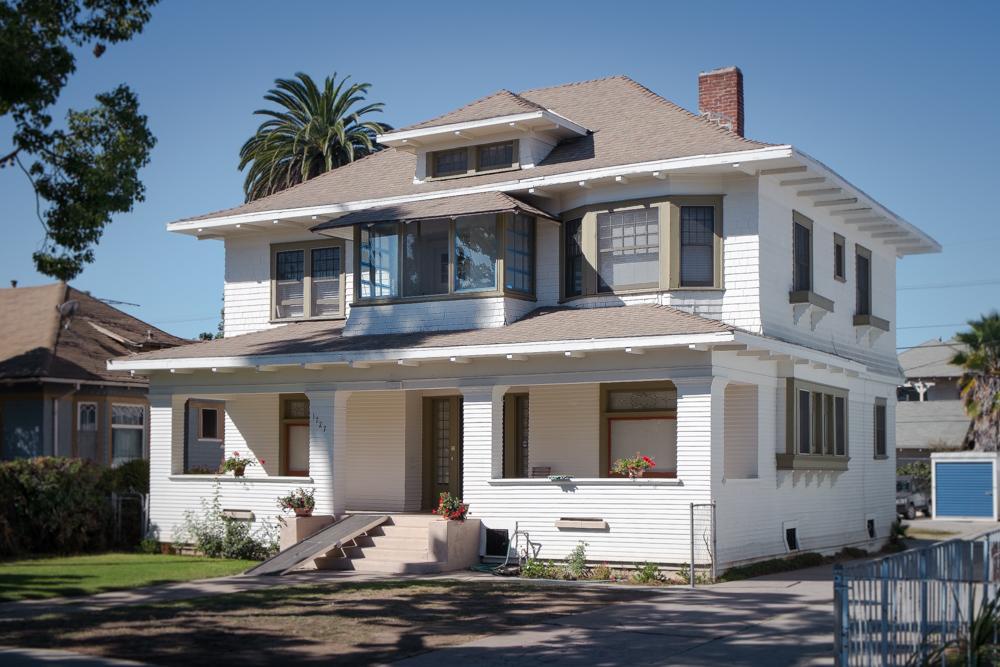 craftsman-home-in-los-angeles.jpg