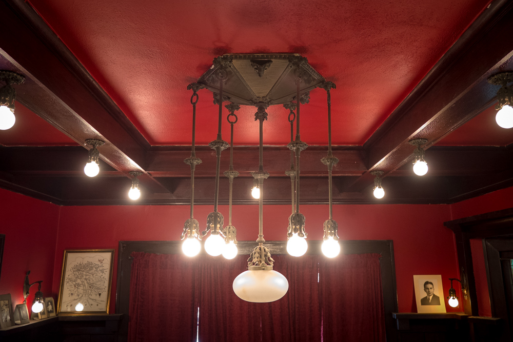 los-angeles-craftsman-home-west-adams-2.jpg