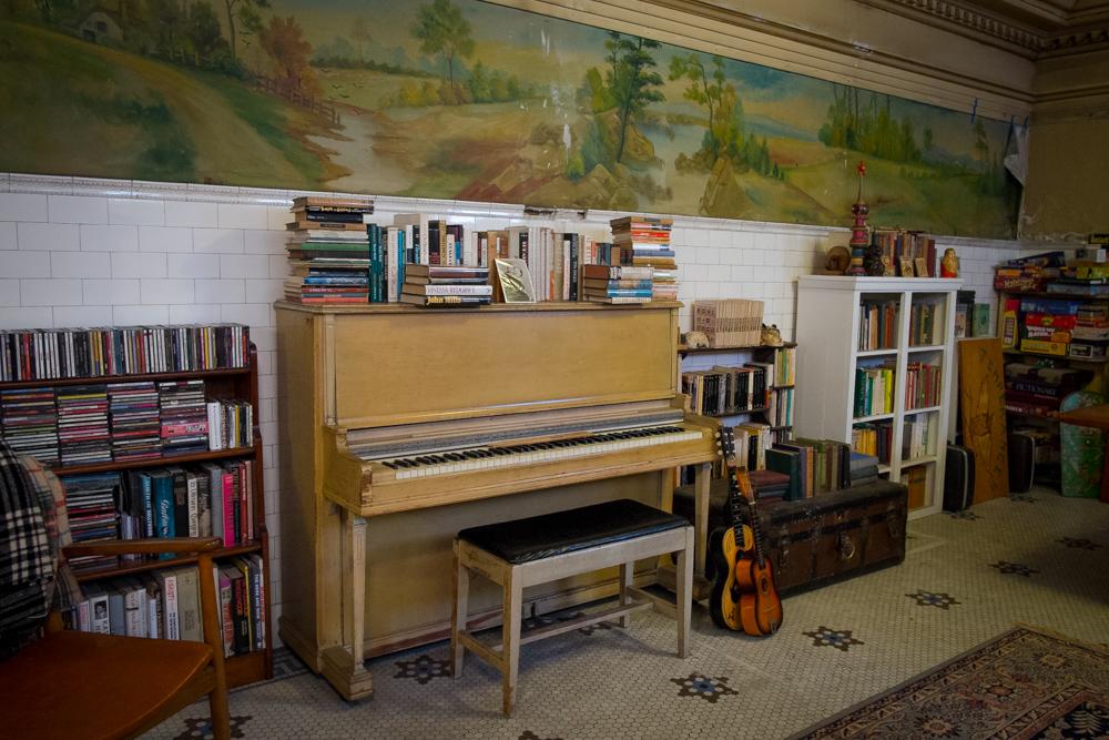 los-angeles-craftsman-home-west-adams-11.jpg