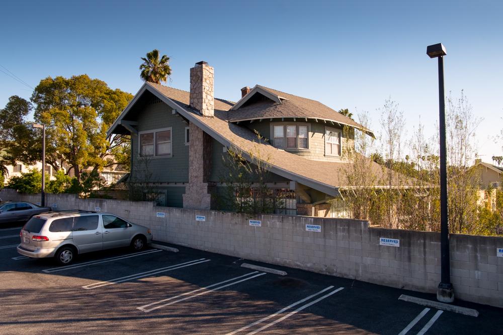 los-angeles-craftsman-house-country-club-park-2.jpg