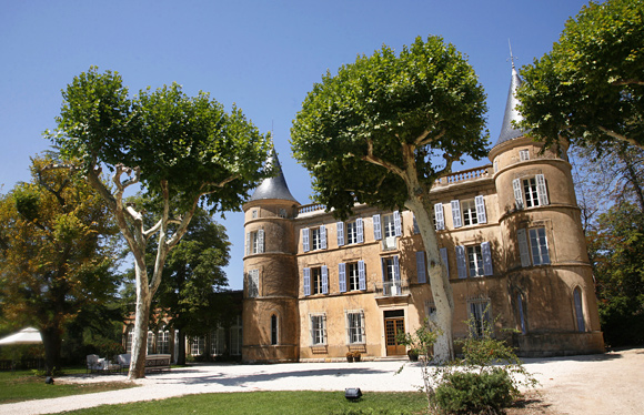 Historic Chateau in Provence represented by Unique Wedding Venues