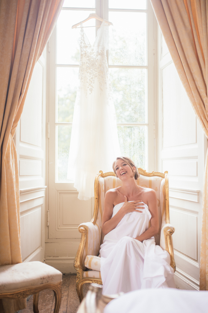 beautiful-bride-gets-ready.jpg