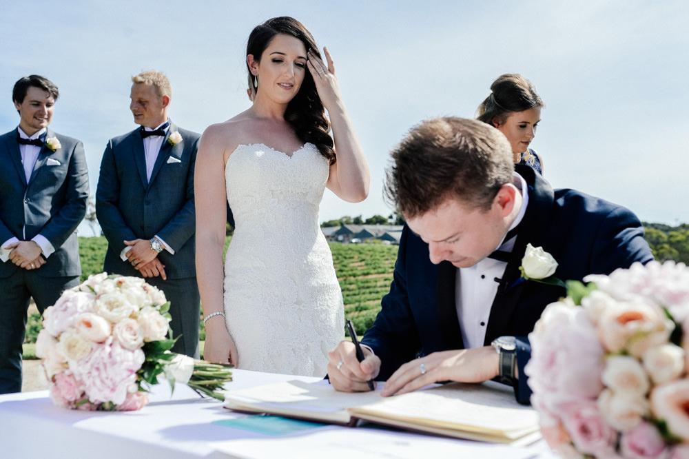 mclaren-vale-wedding-photographer-93.jpg