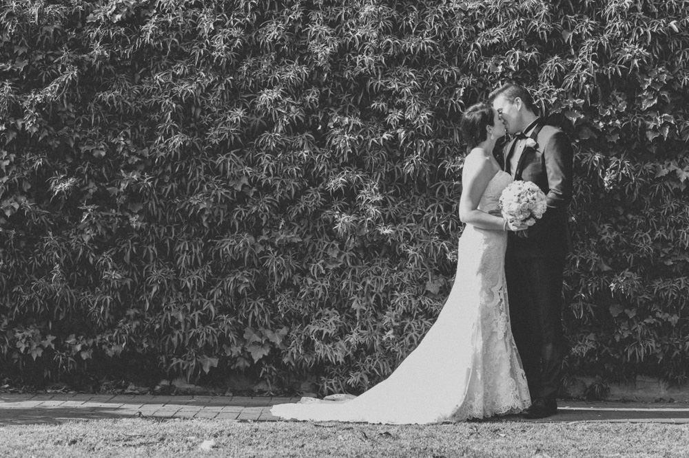 mclaren-vale-wedding-photographer-108.jpg