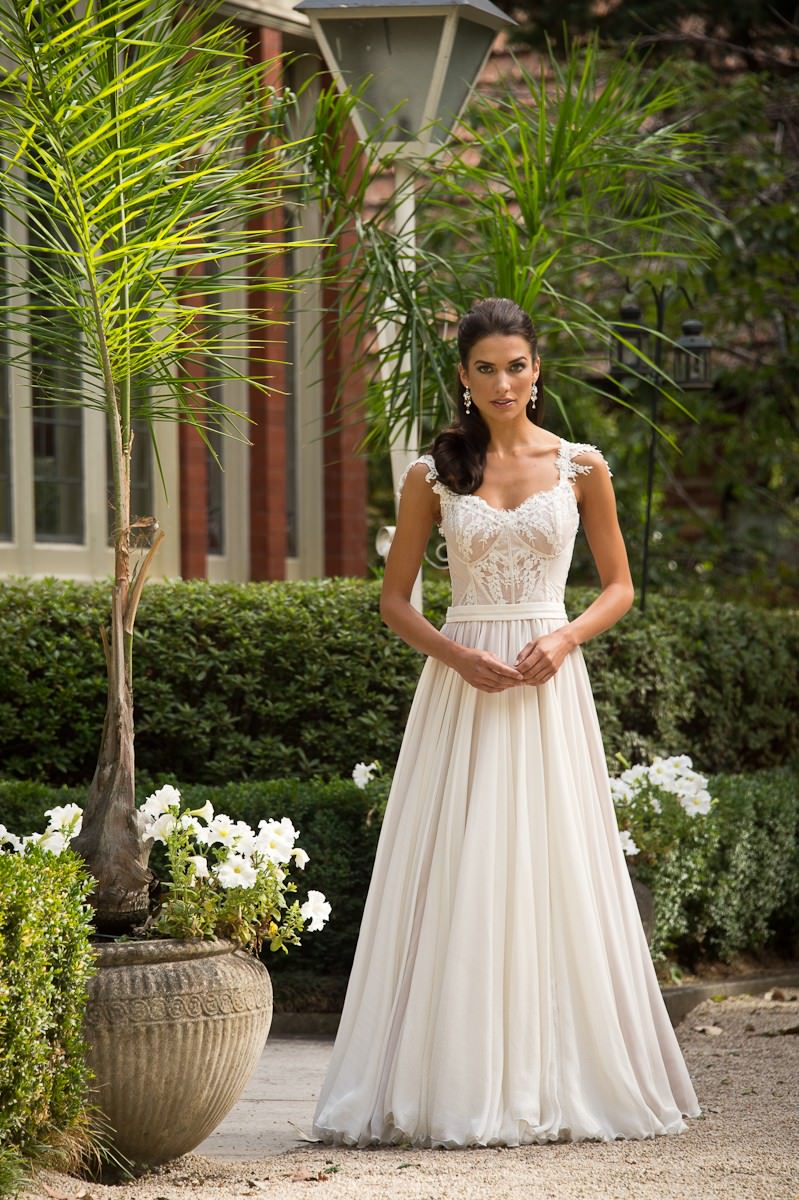 thegables-wedding-01-6a3eb7f933a3cbb585a3d85769326a4c.jpg