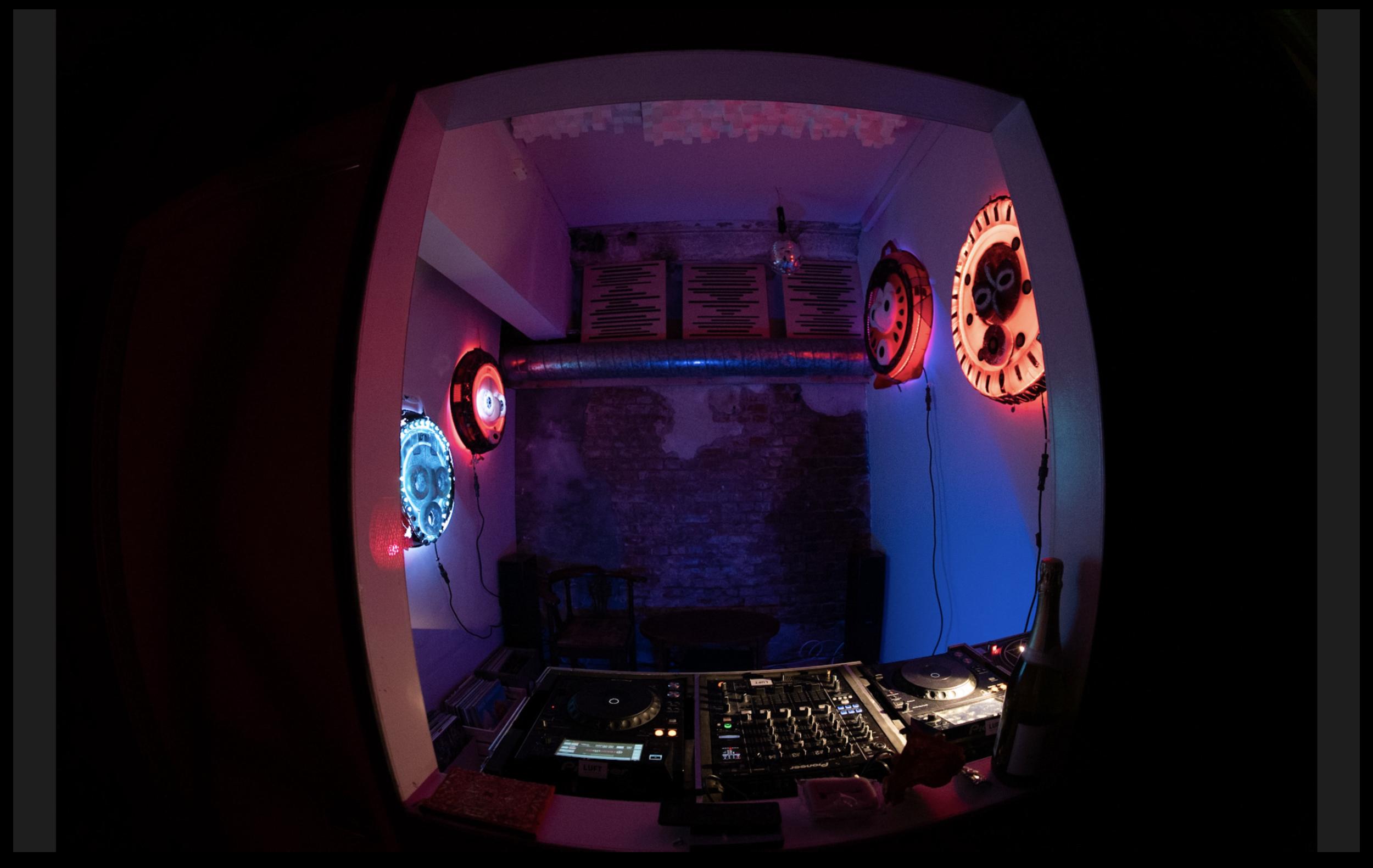 LUFT STUDIO :: DJ Room.png