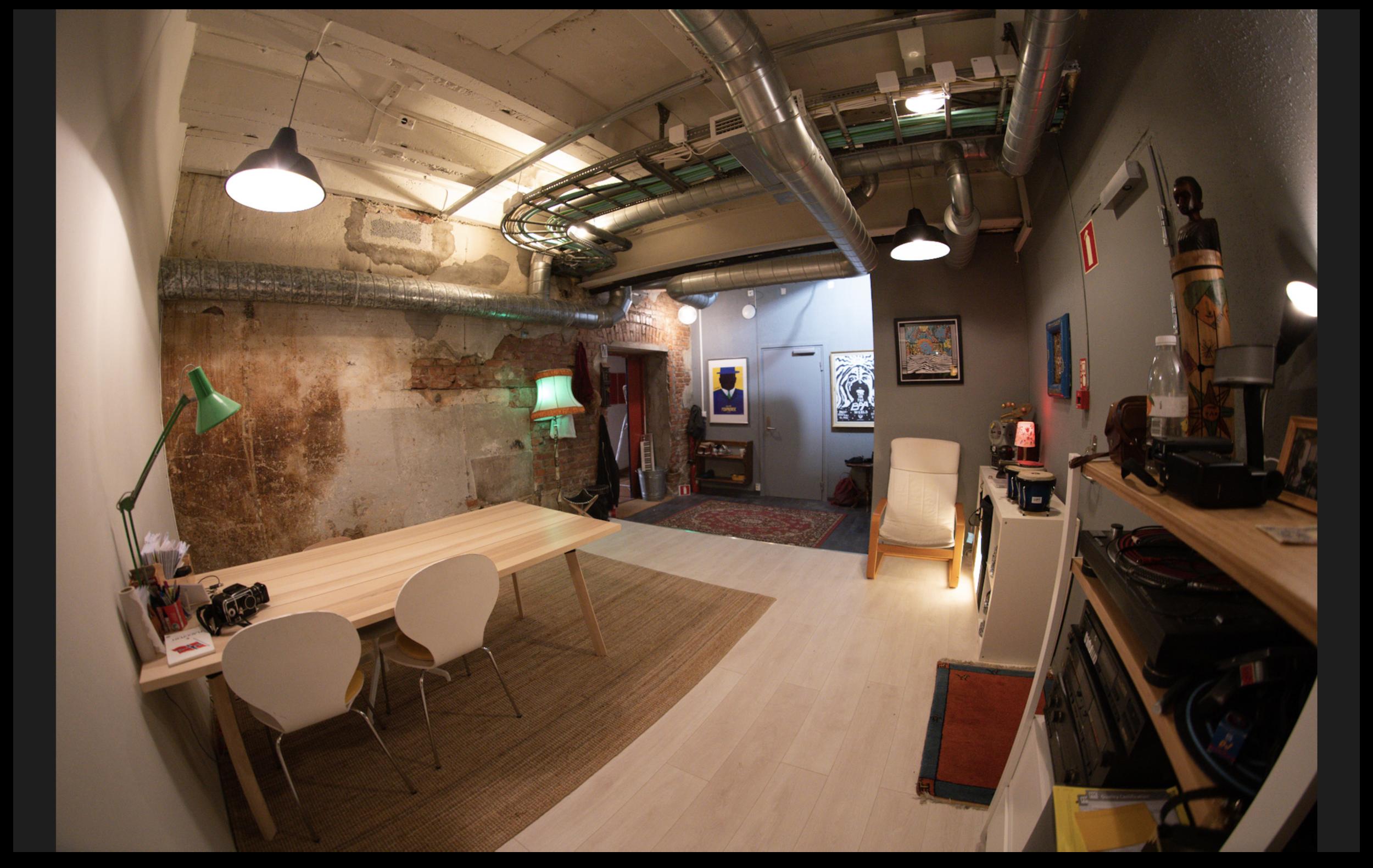 LUFT STUDIO :: felles room annen vinkel.png