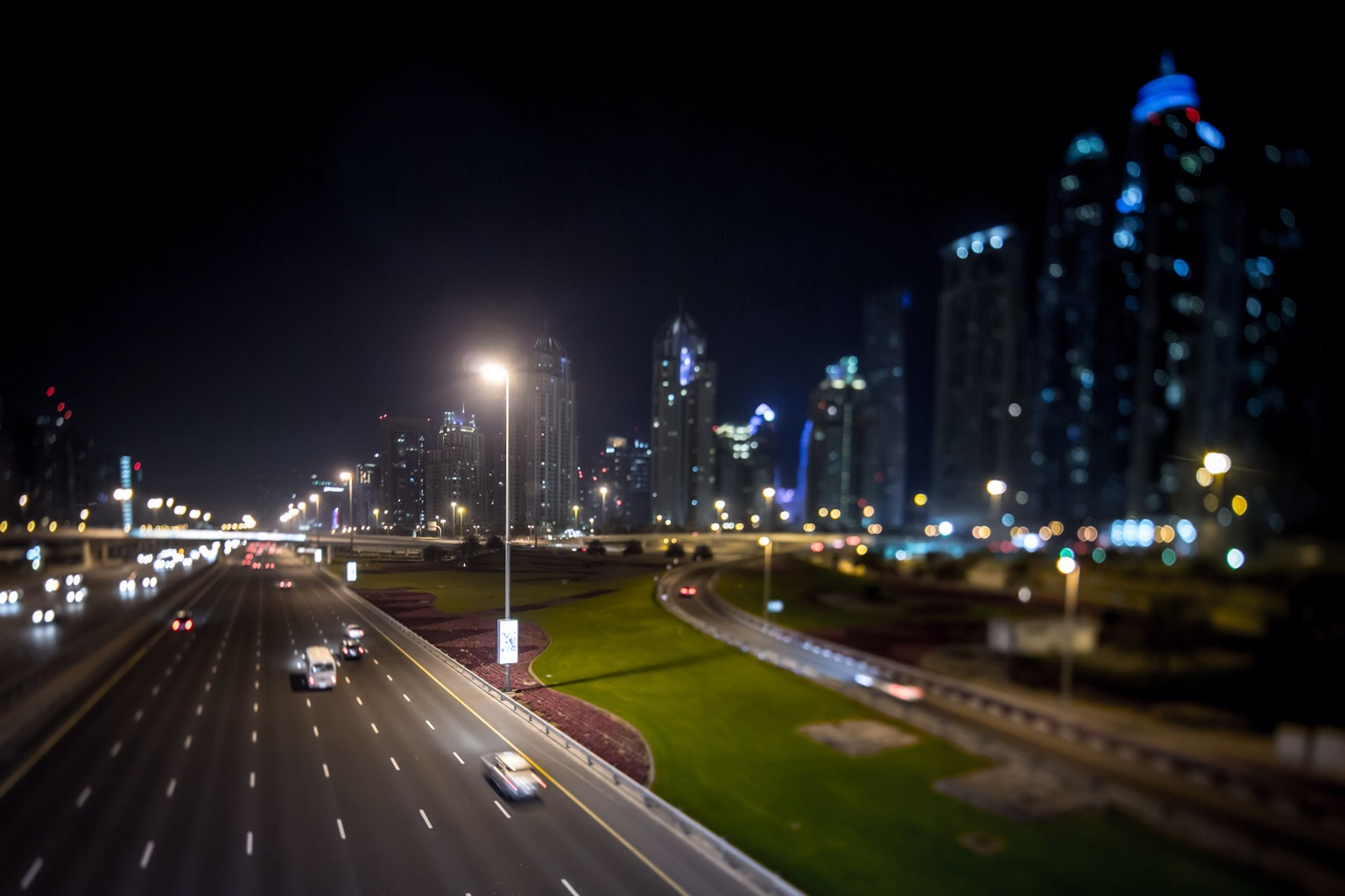 Sheikh Zayed road passing by the Dubai Marina