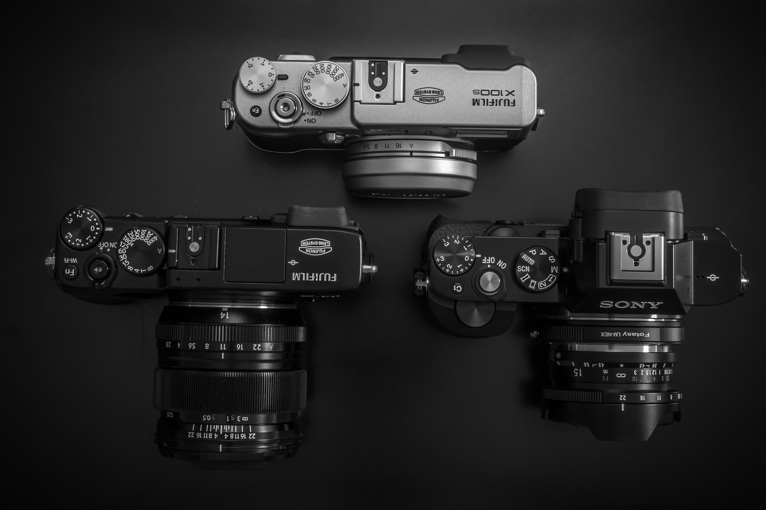X-E2, x100s, Sony A7r size comparison (Click to enlarge)