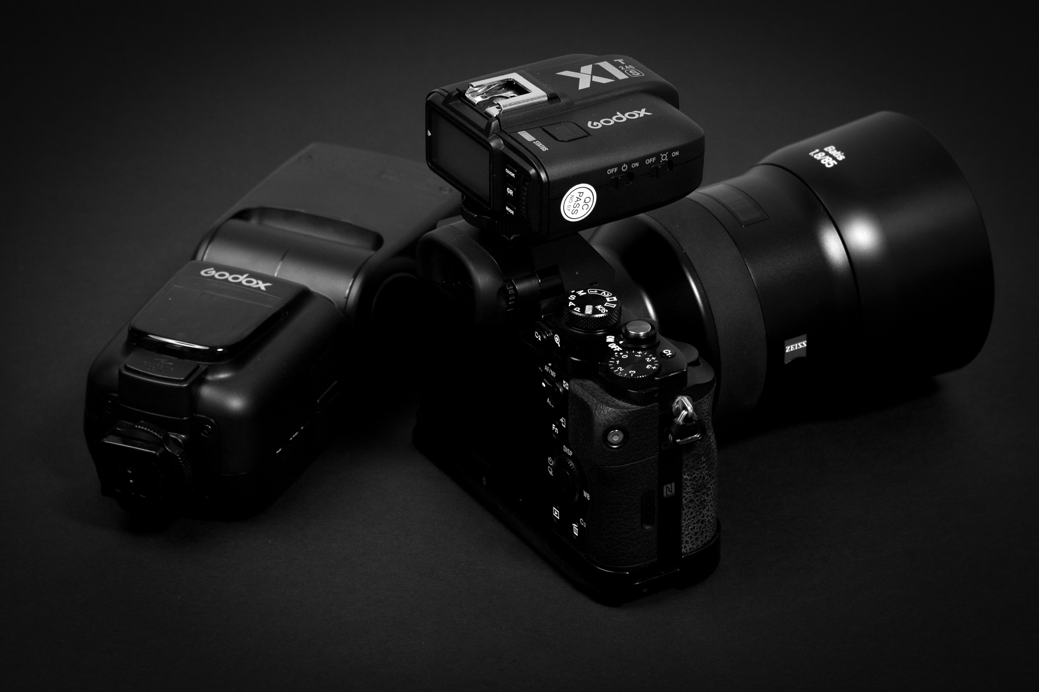 The Godox TT685 and XT1S trigger (yes that's mounted to a A7r, too lazy to retake photos